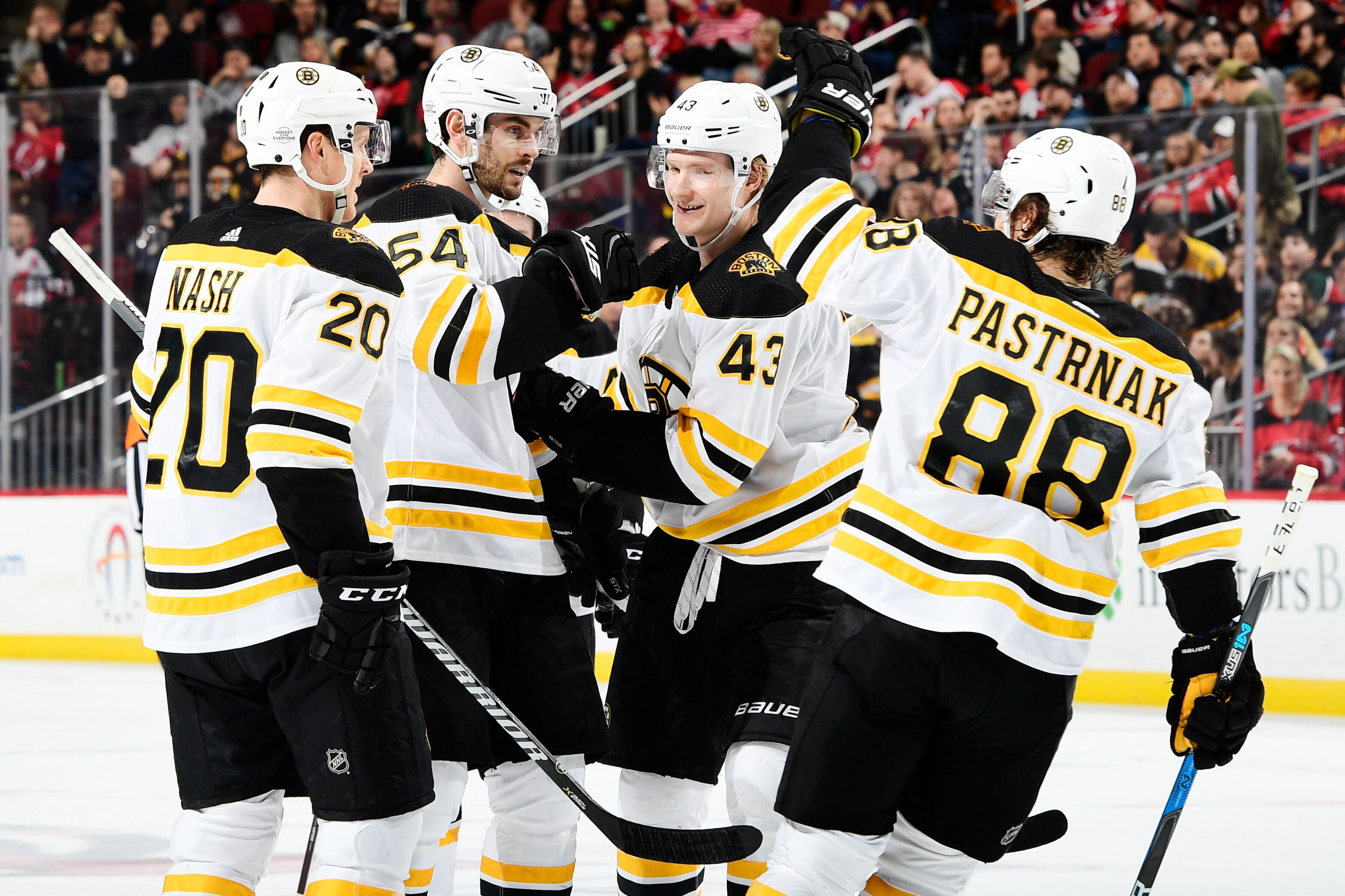 Khudobin carries Boston Bruins past New Jersey Devils