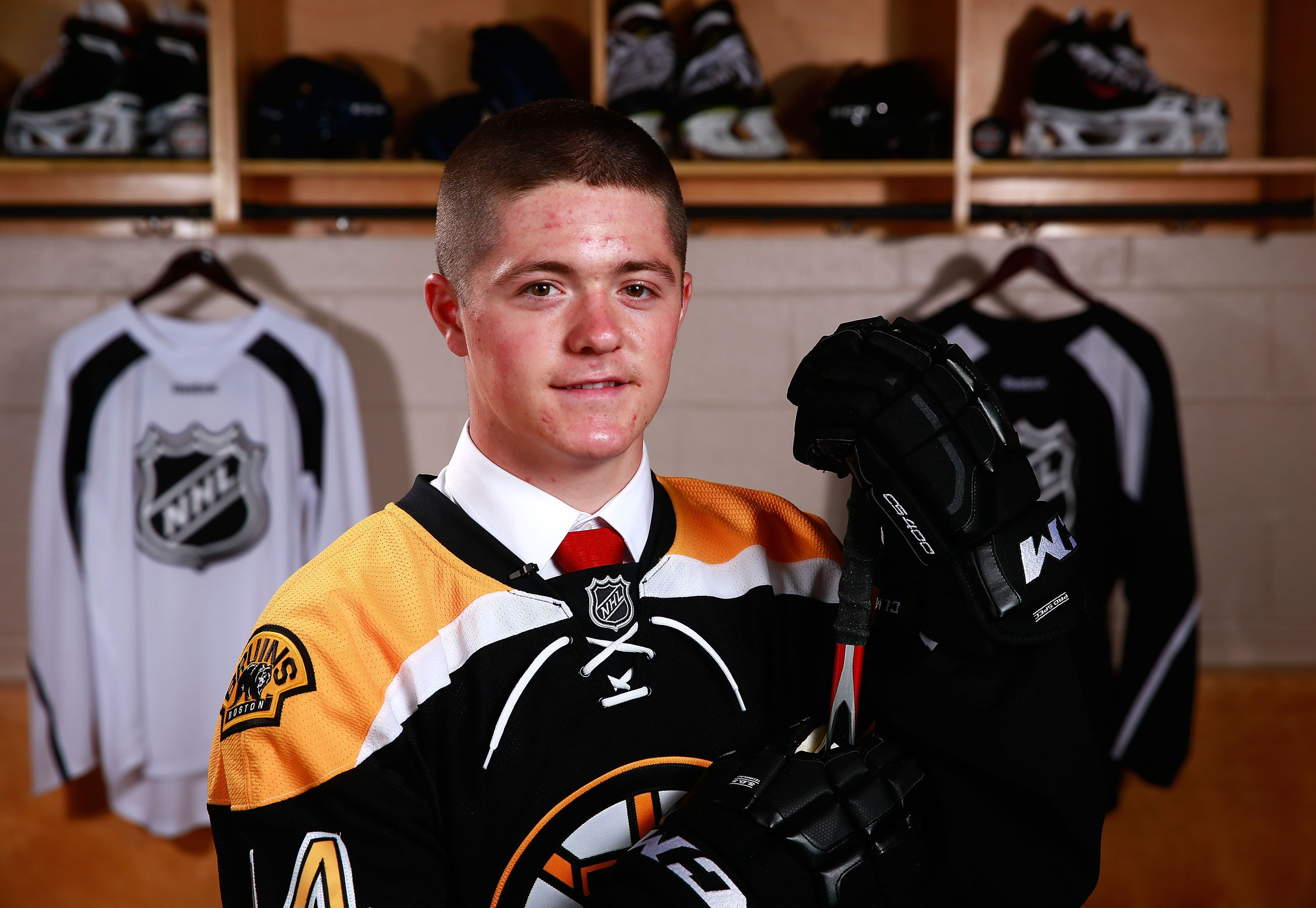 c74055b26 Boston Bruins  US Olympic Star Ryan Donato Signed to Two-Year Deal