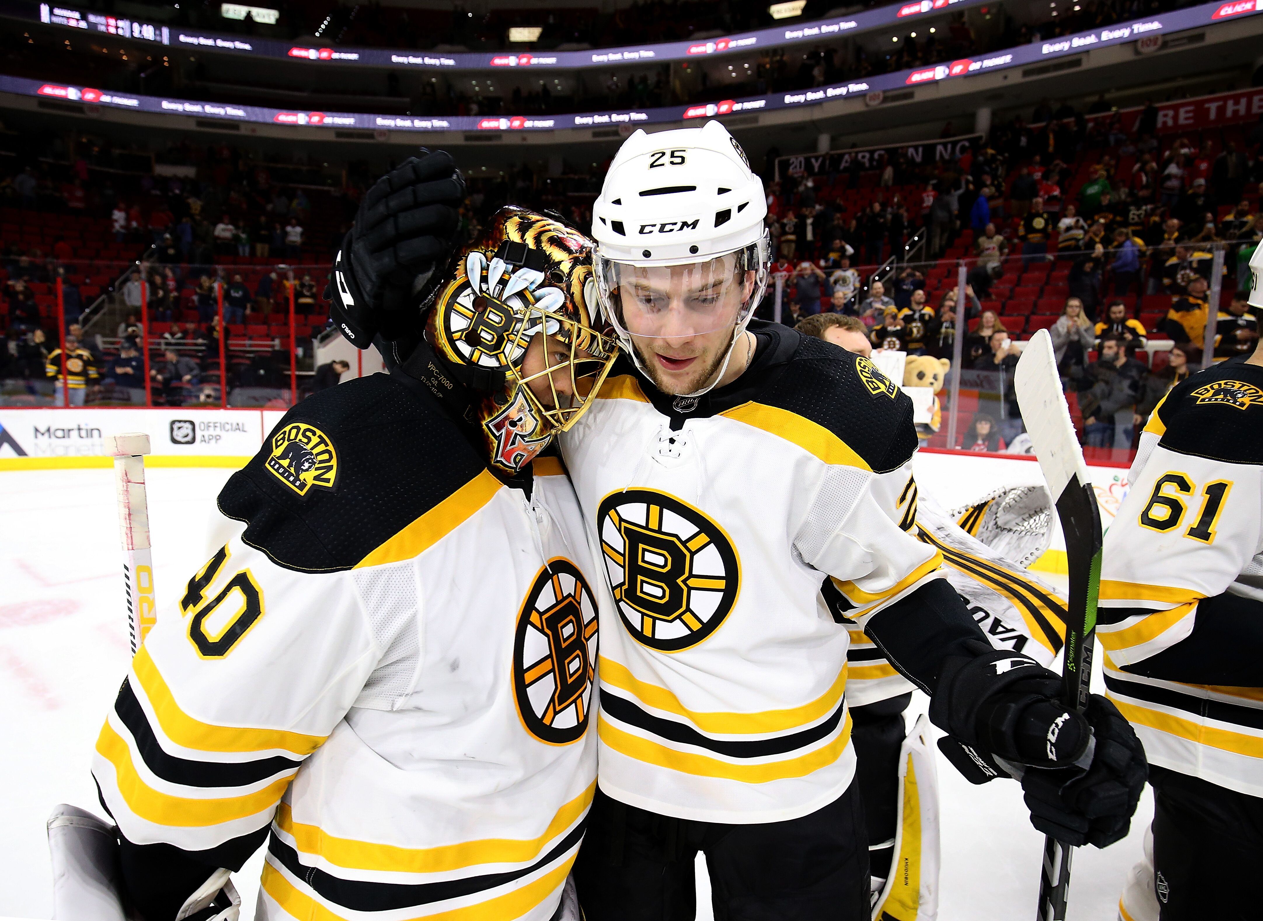 933093390-boston-bruins-v-carolina-hurricanes.jpg