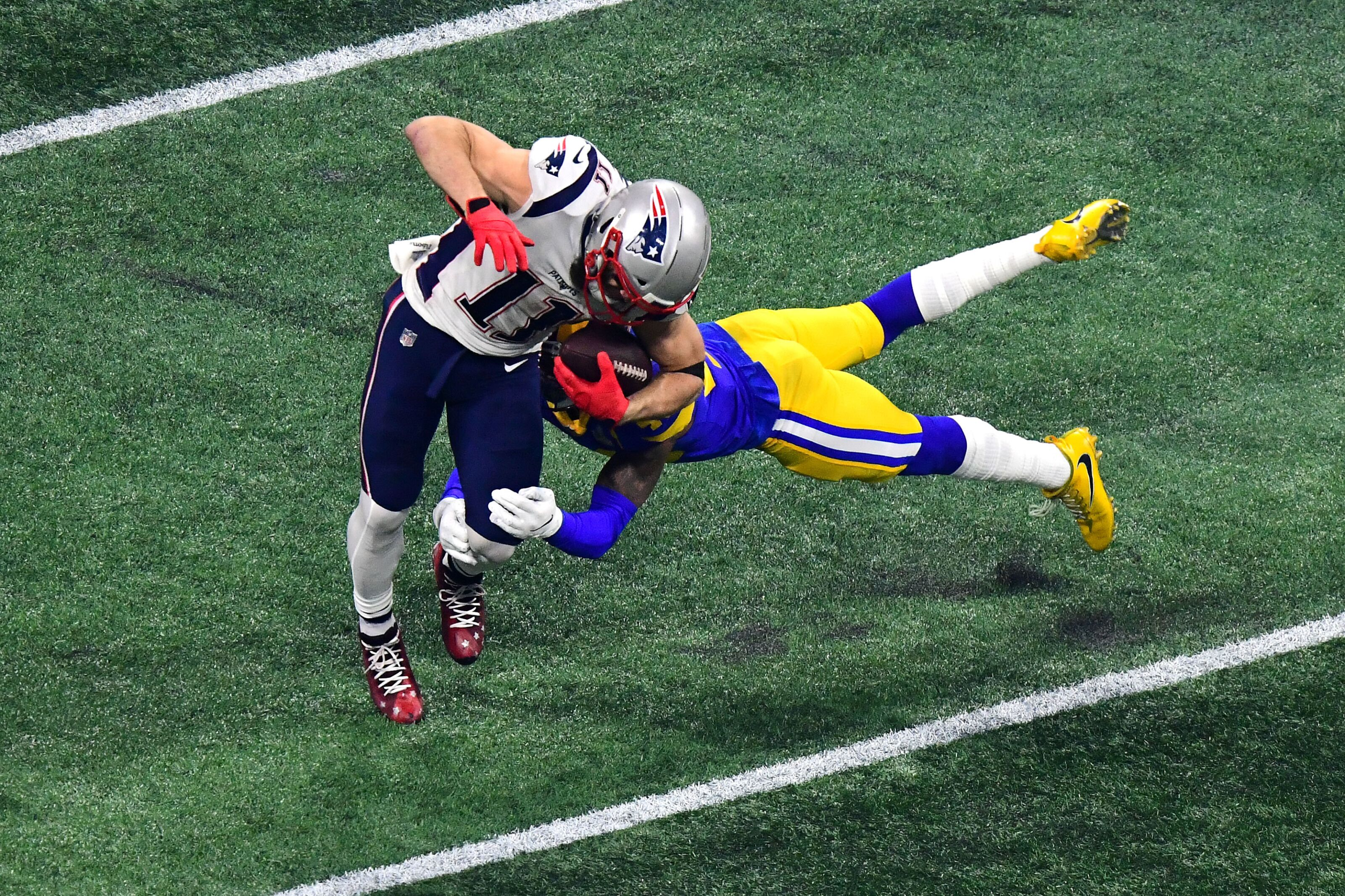 2c21989d New England Patriots: Julian Edelman injured once again