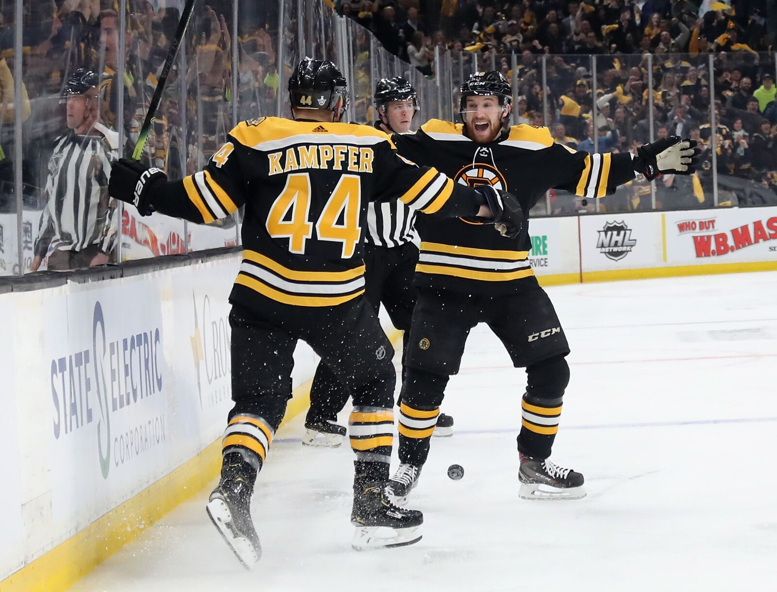 Boston Bruins: What Steven Kampfer signing means for team
