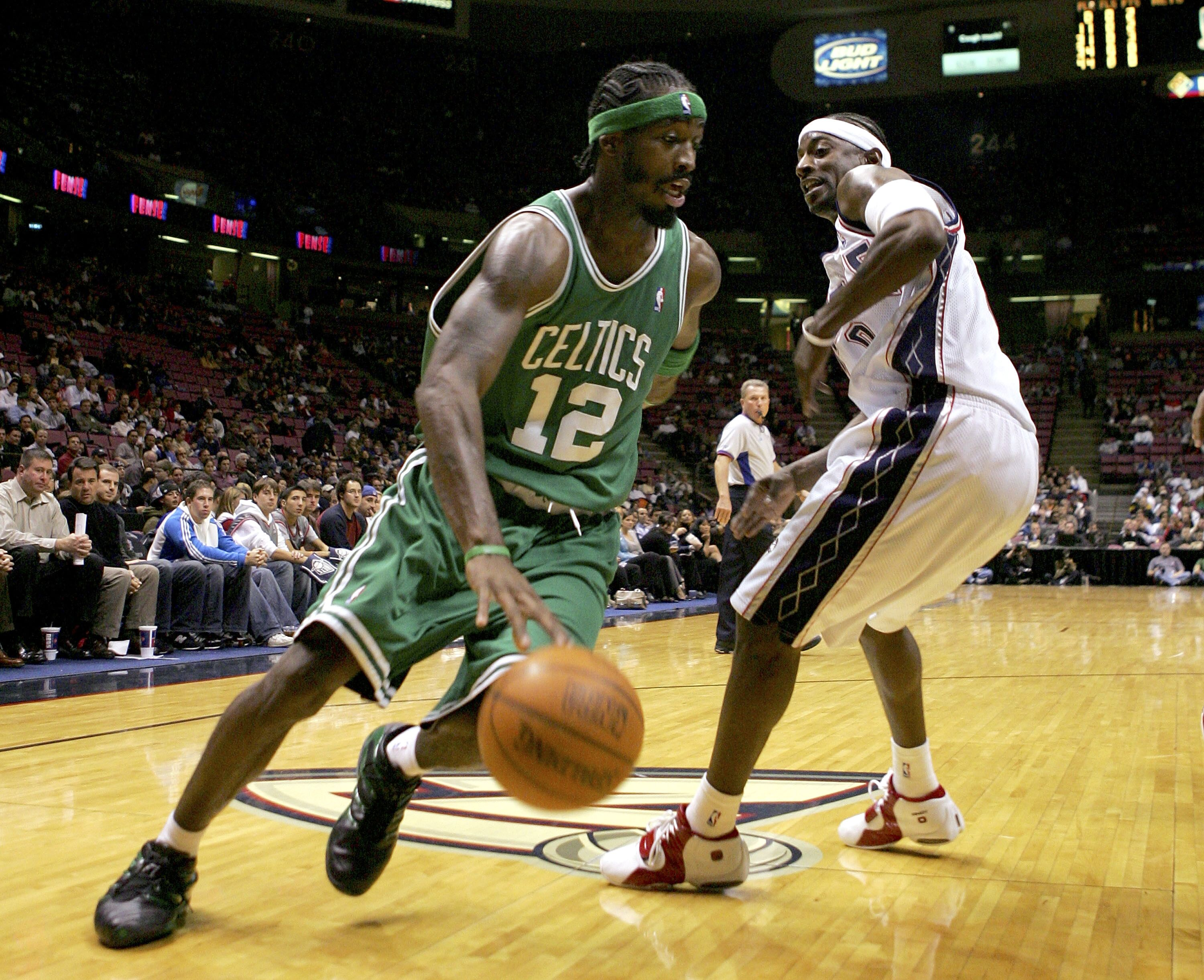 Boston Celtics  Creating a team from 2000 s role players 6b99d7a8d