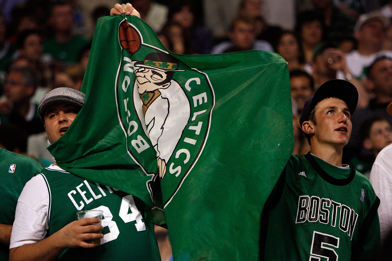 81514998-nba-finals-game-2-los-angeles-lakers-v-boston-celtics.jpg