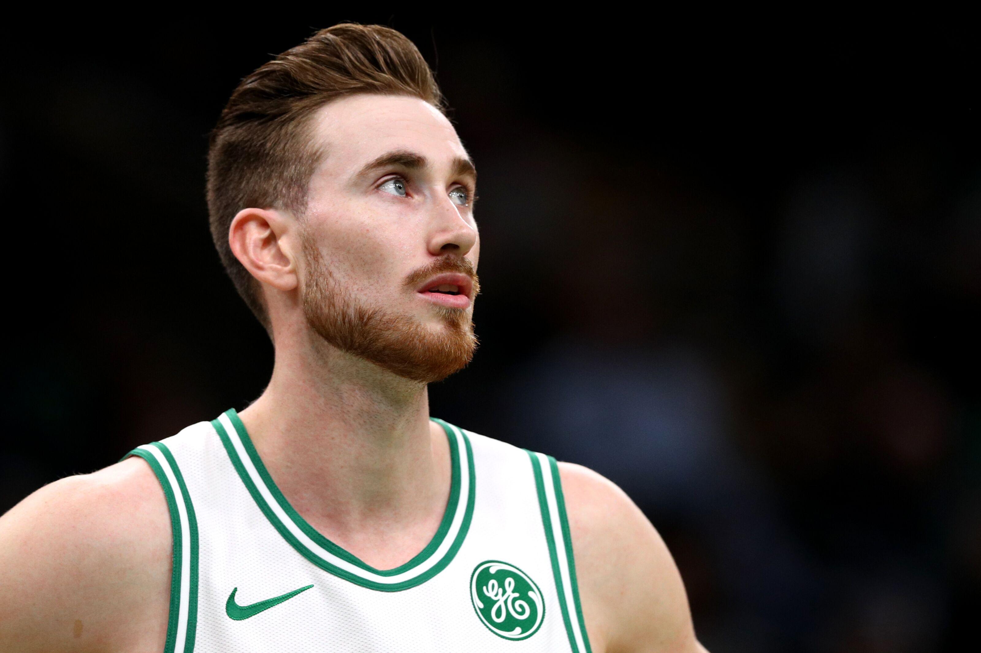 Boston Celtics: Gordon Hayward continues his struggles in