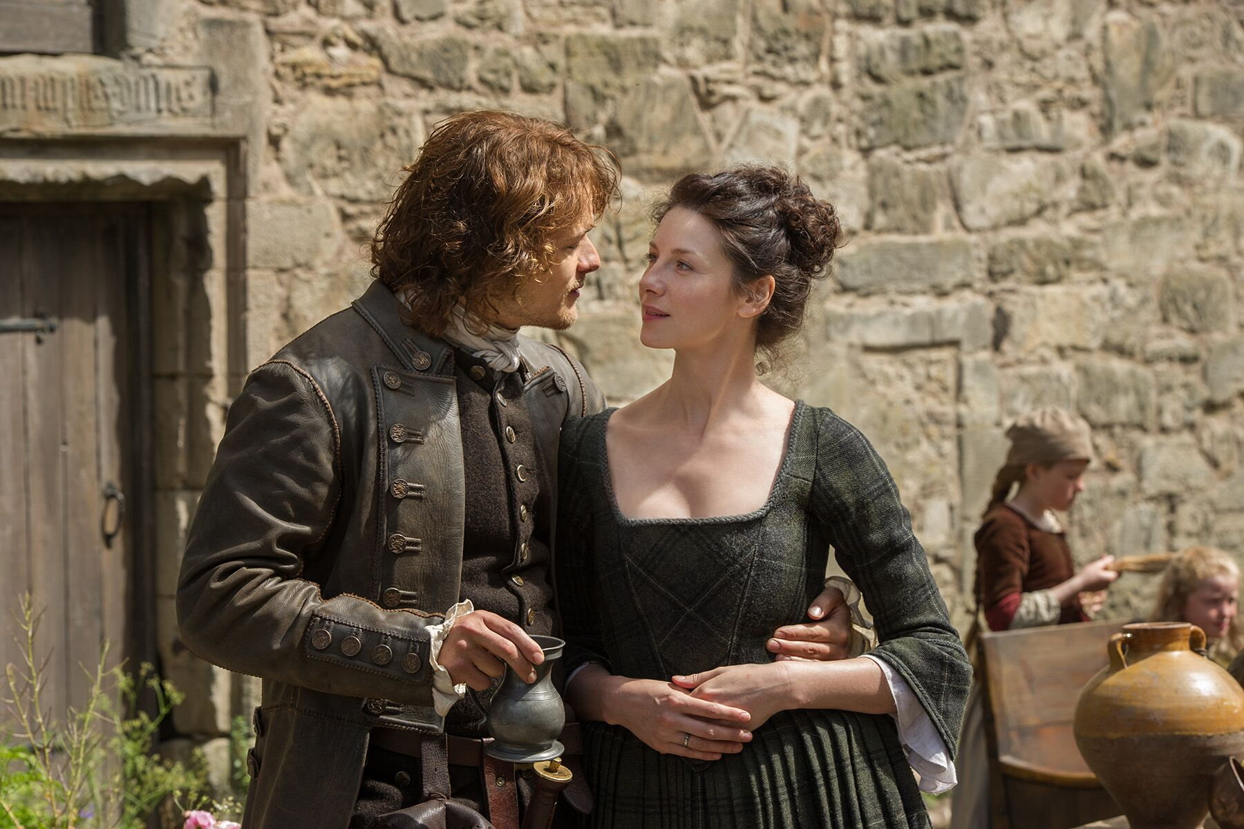 Outlander Seasons 1 and 2 reportedly coming to Netflix U.S. in May 2019