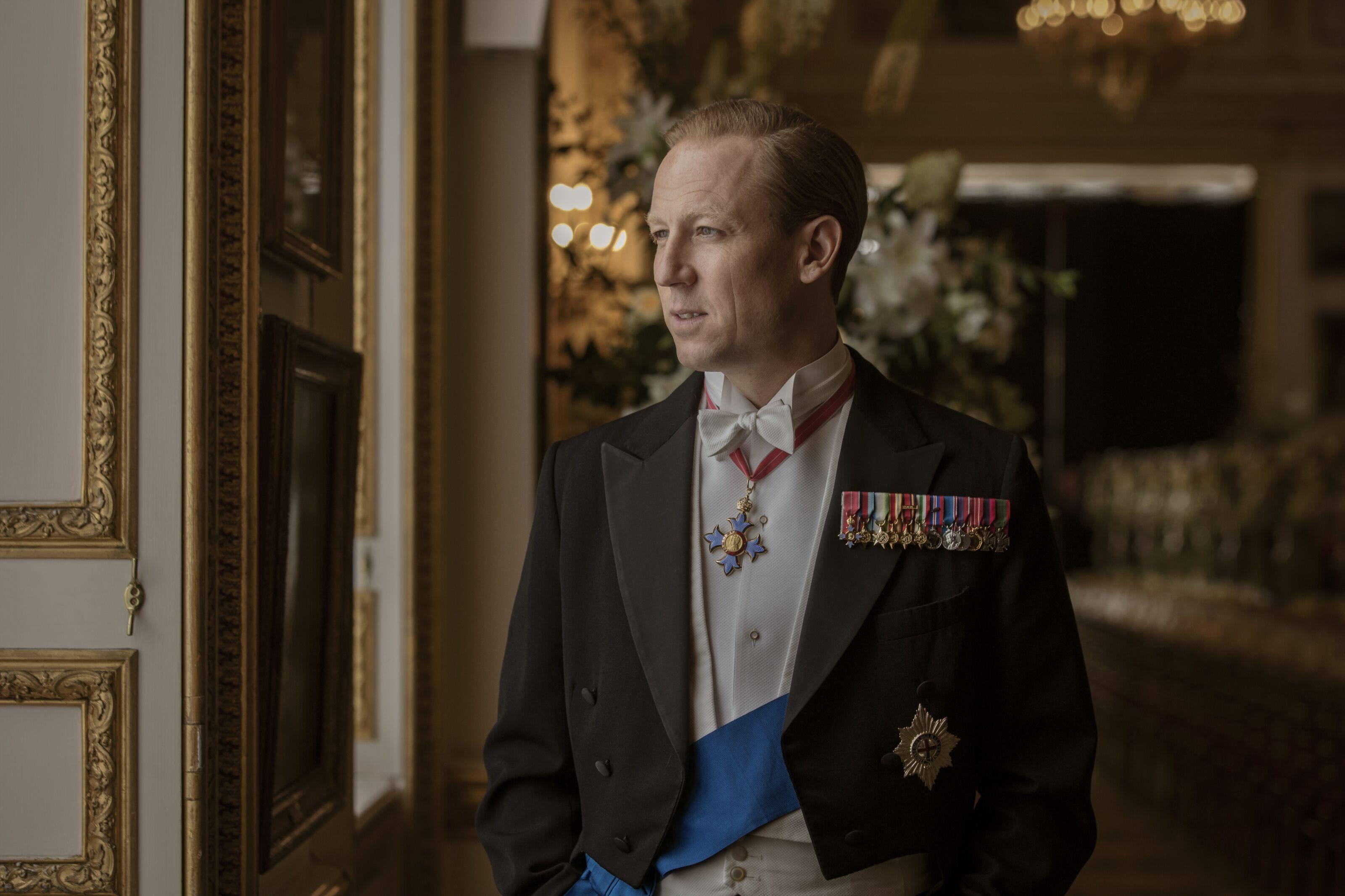 The Crown Season 3 will be on Netflix tonight