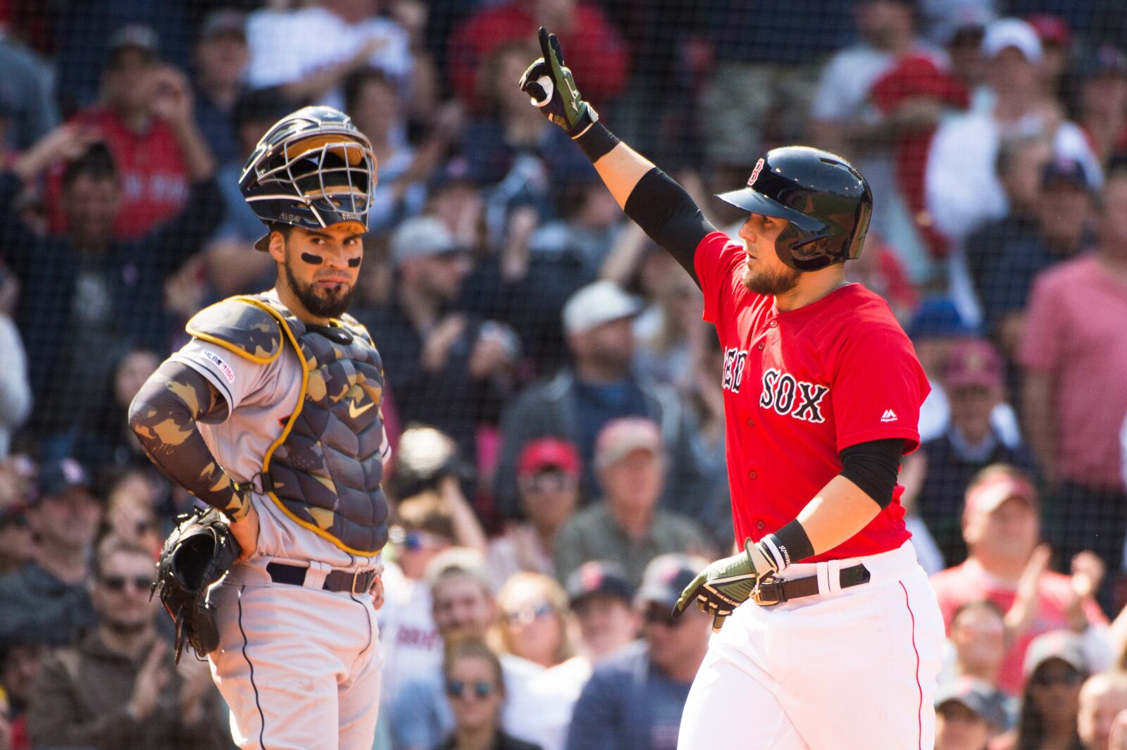 Astros' win streak ends at 10 with 4-3 loss to Red Sox
