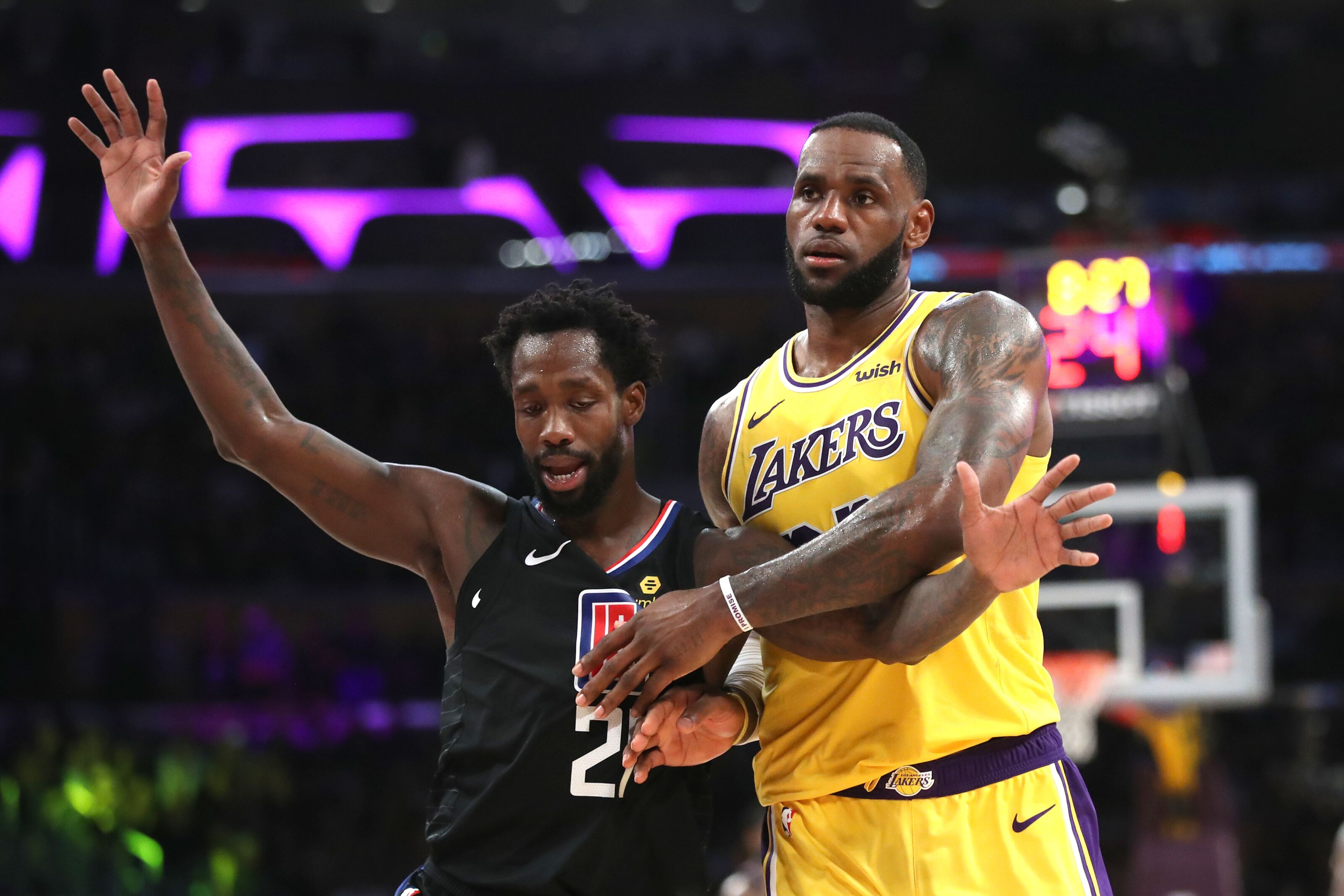 7b2c5a7e21ee LeBron James is the demise of the Lakers and the rise of the LA Clippers