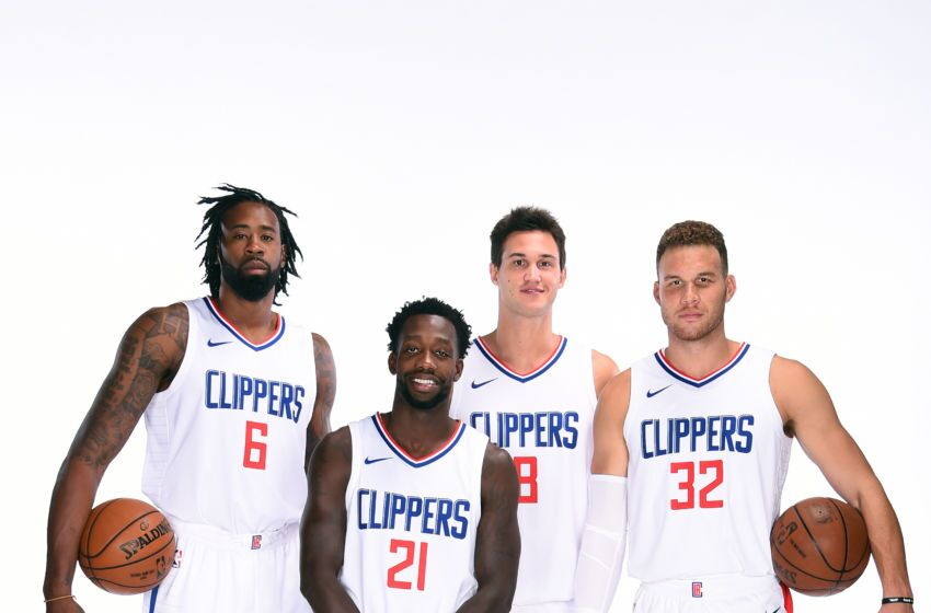 the la clippers fell to the toronto raptors 113 121 in their first preseason game of the 2017 2018 season but gave fans a good look at the new team