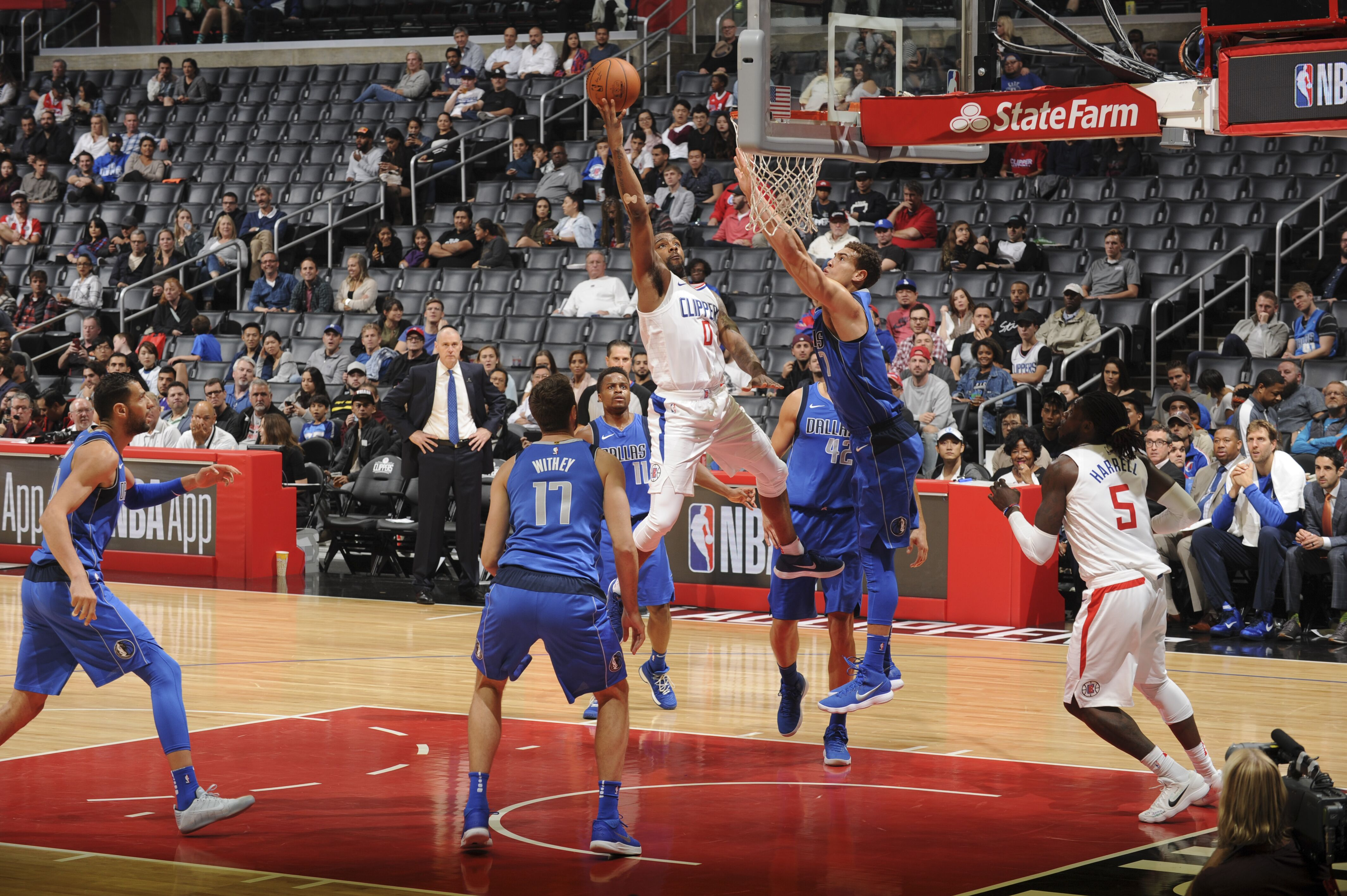 869214430-dallas-mavericks-v-la-clippers.jpg