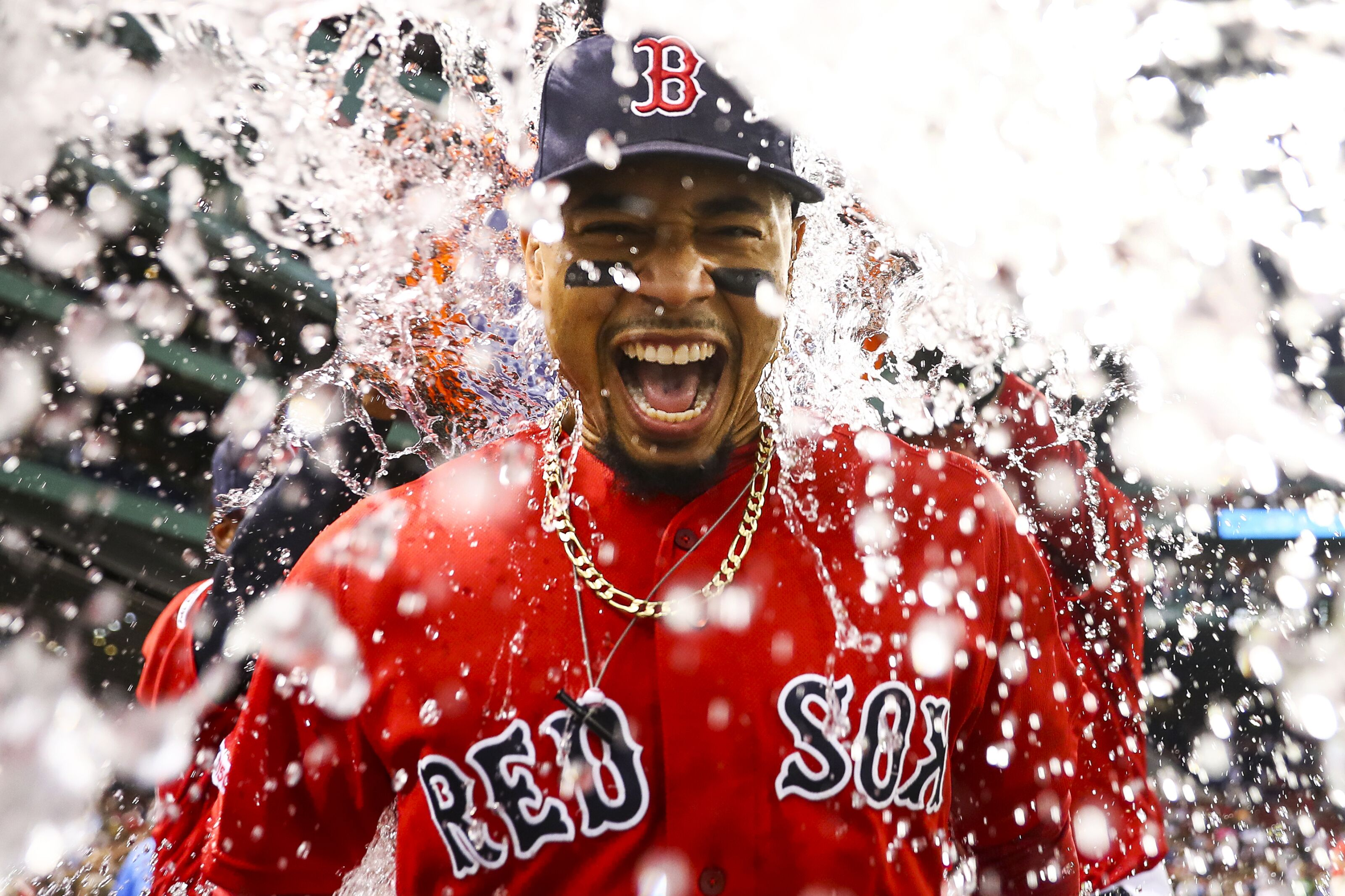 Chicago Cubs could go all-in with a Mookie Betts trade this offseason