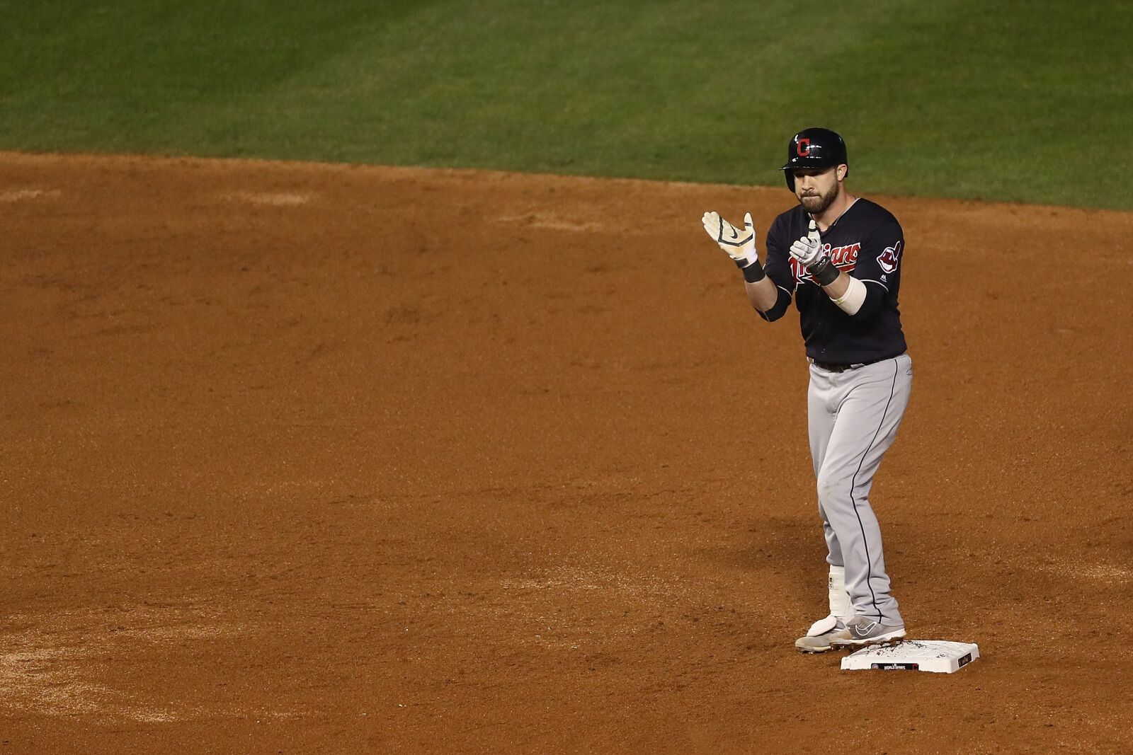 Chicago Cubs: Jason Kipnis isn't even close to an option at second base