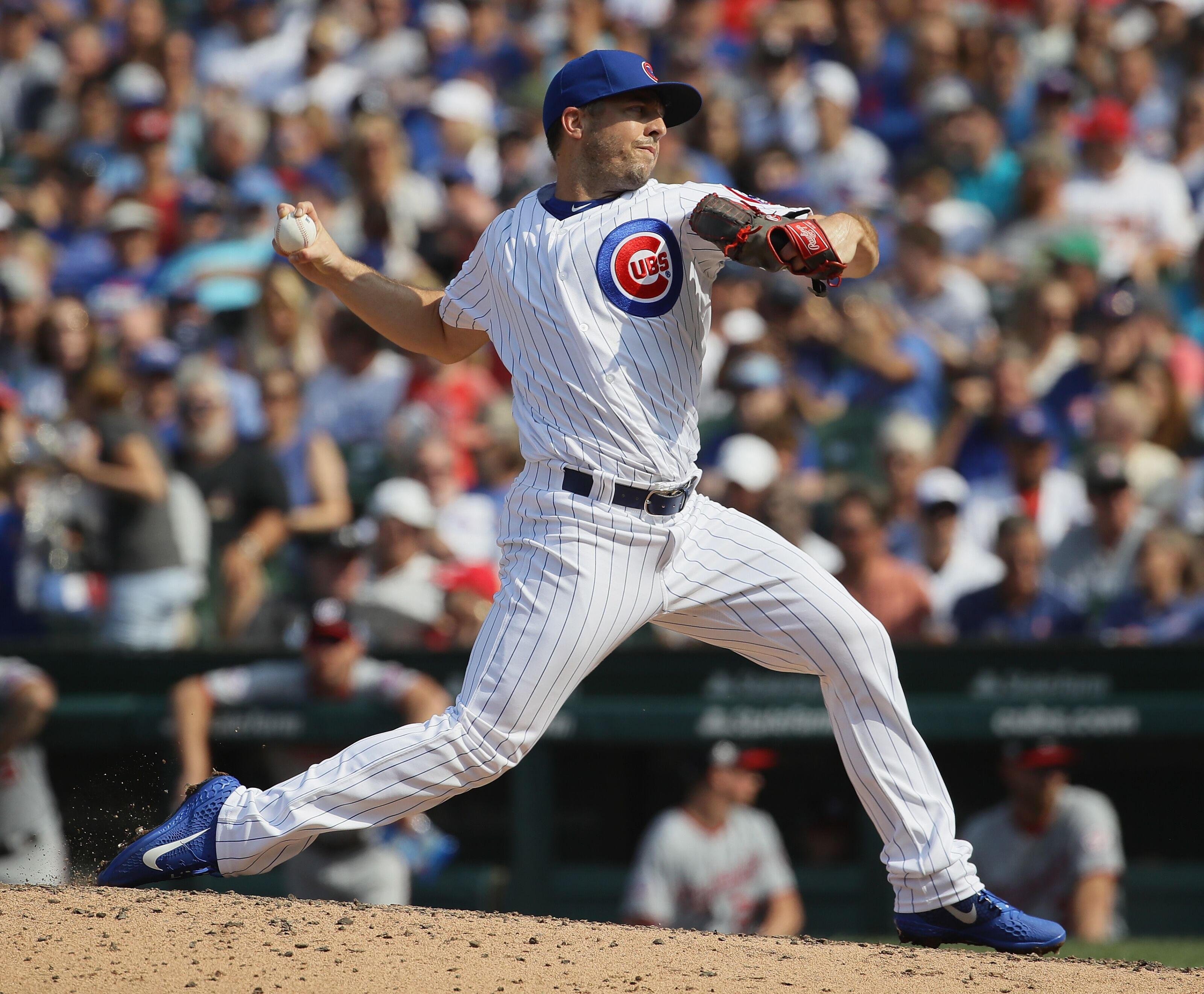 Chicago Cubs: Brandon Kintzler picks up player option for 2019 season