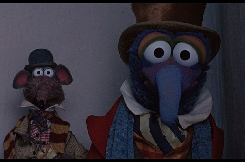gonzo and rizzo in the muppet christmas carol - Muppets Christmas Carol Youtube