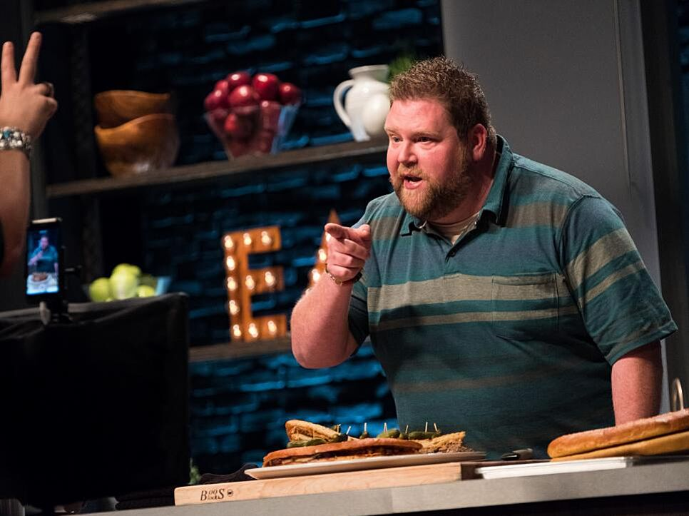 Food Network Star cooking goes live, but are fans still