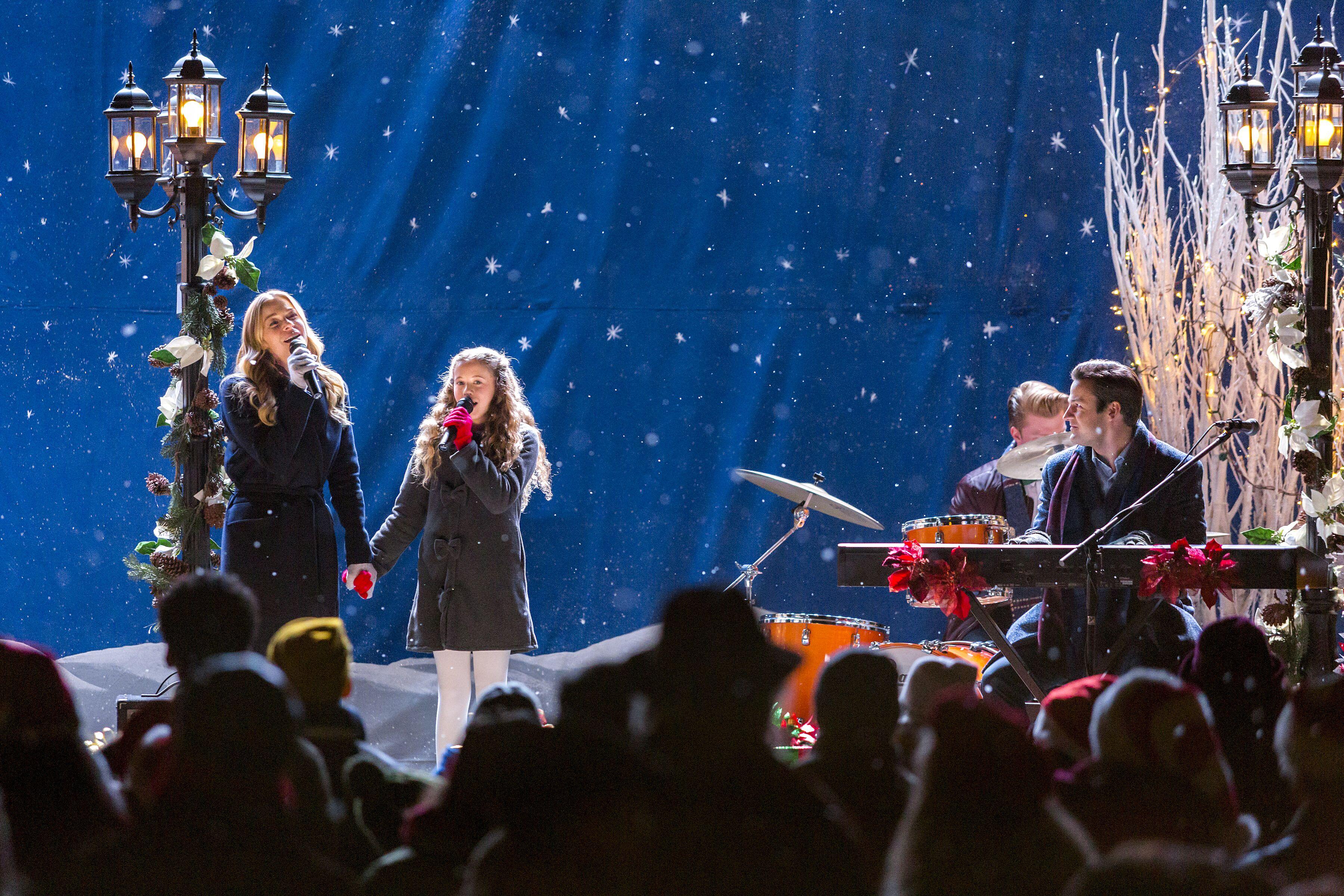 LeAnn Rimes shares why she's always in the Christmas spirit