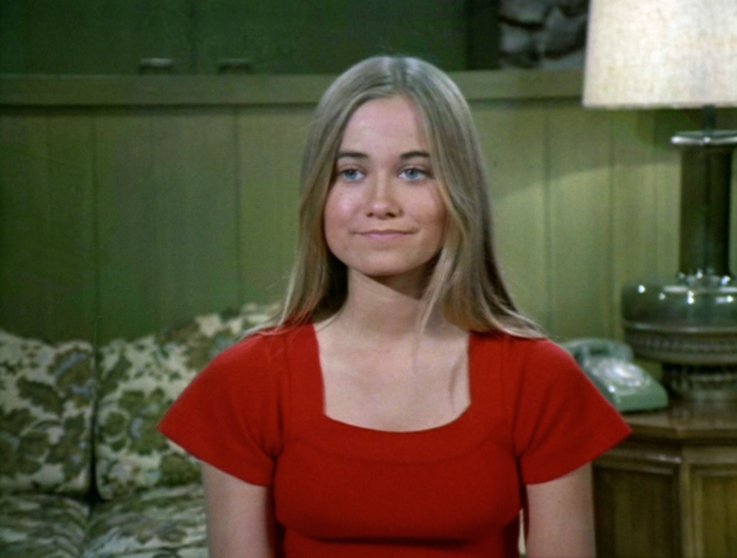 maureen mccormick body measurements