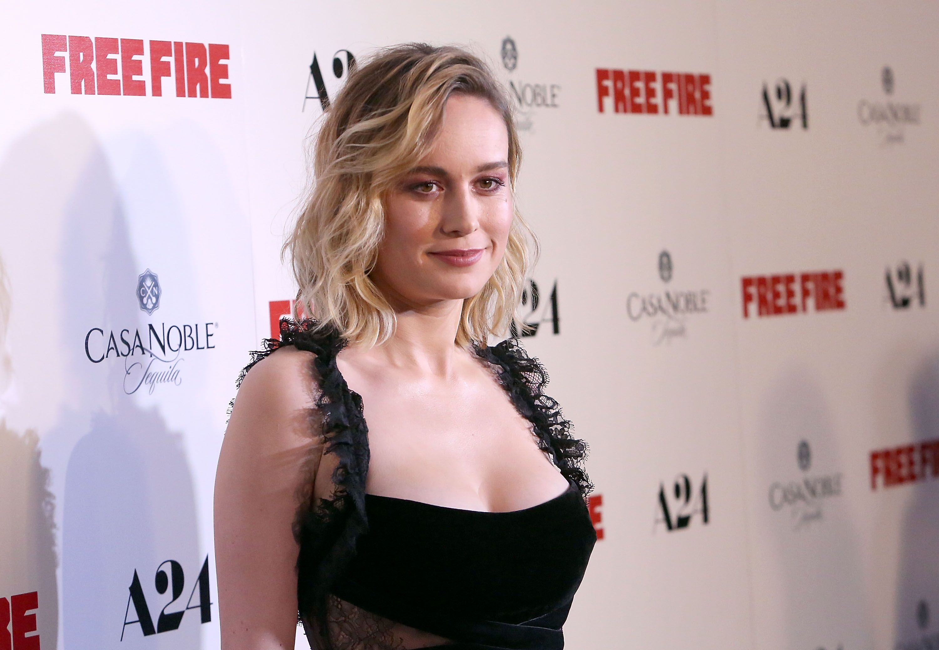 brie larson wants captain marvel to battle the hulk and so do we. Black Bedroom Furniture Sets. Home Design Ideas