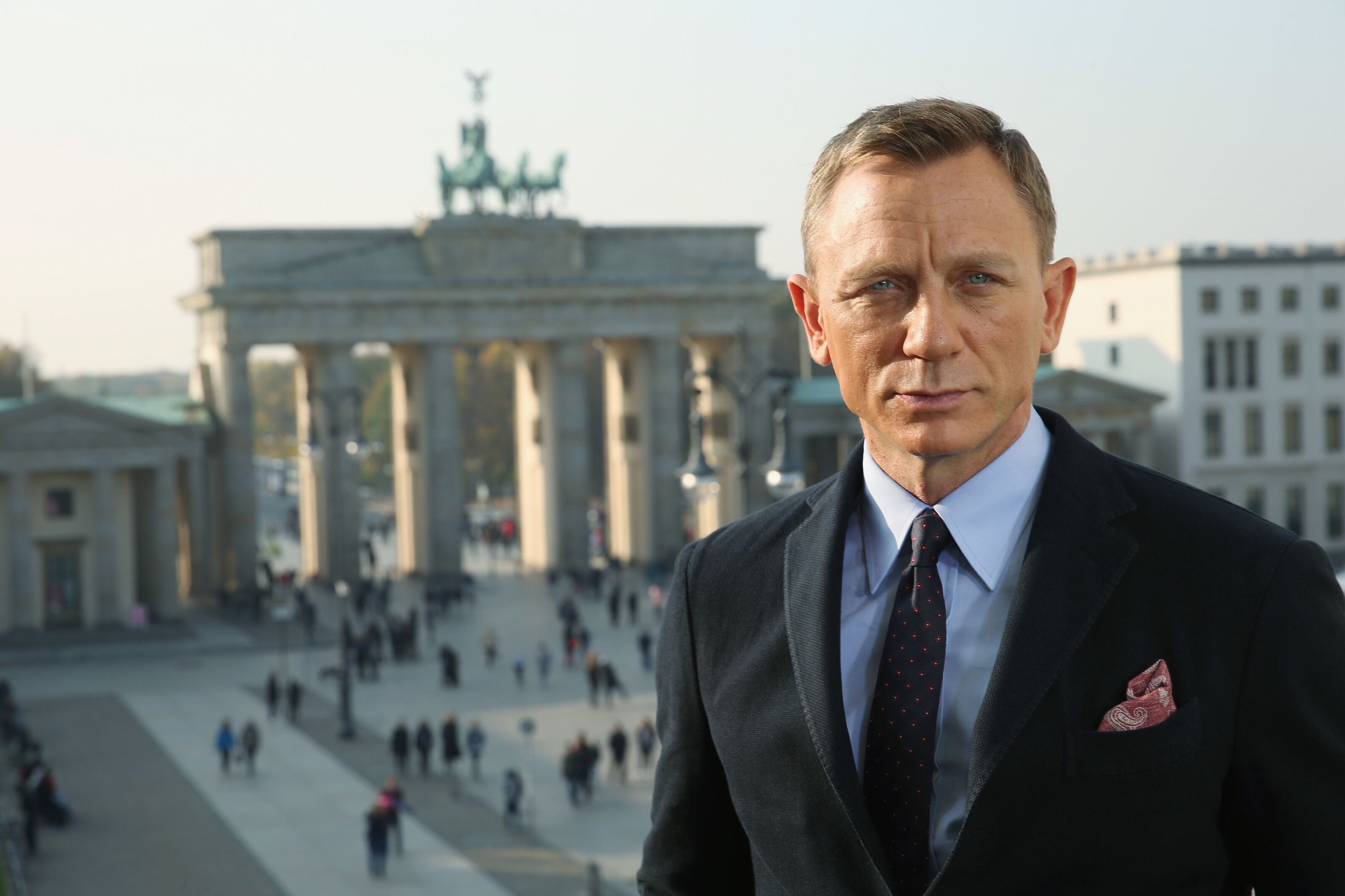 Bond 25: Daniel Craig's last Bond film gets official title and logo