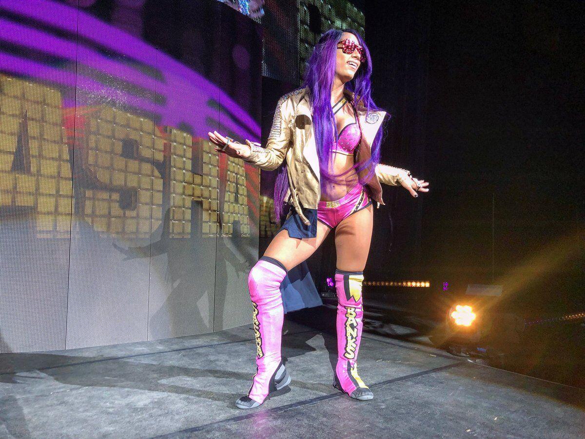 Sasha Banks, Alexa Bliss Return From Injuries At Live Event