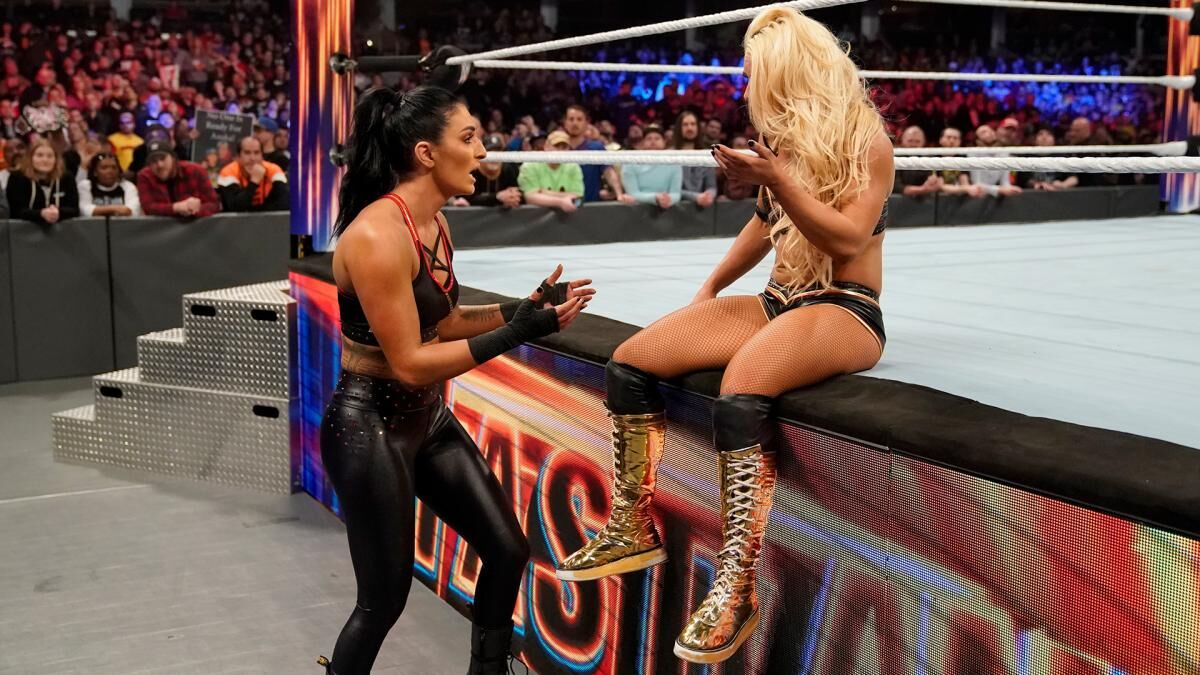 WWE definitely shouldn't be trusted with a Rose/Deville romance storyline