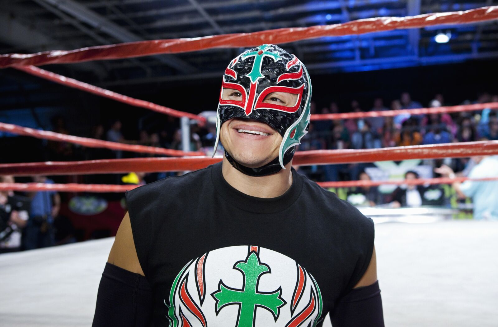 WWE Chronicle on Rey Mysterio to air day before TLC 2019
