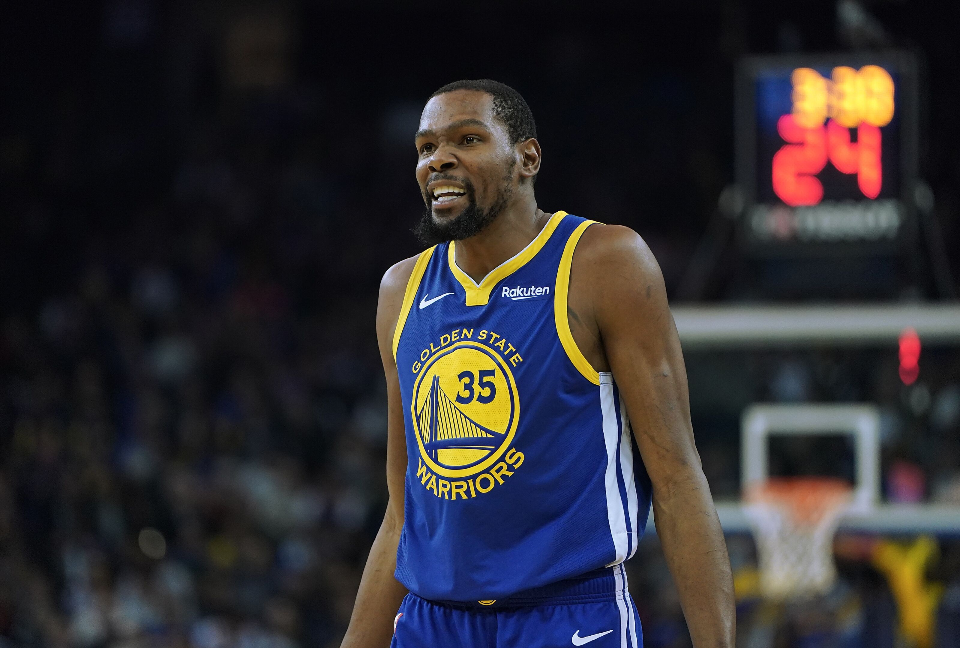 da4eb38a0aba New York Knicks  Derek Fisher thinks Kevin Durant will sign in free agency