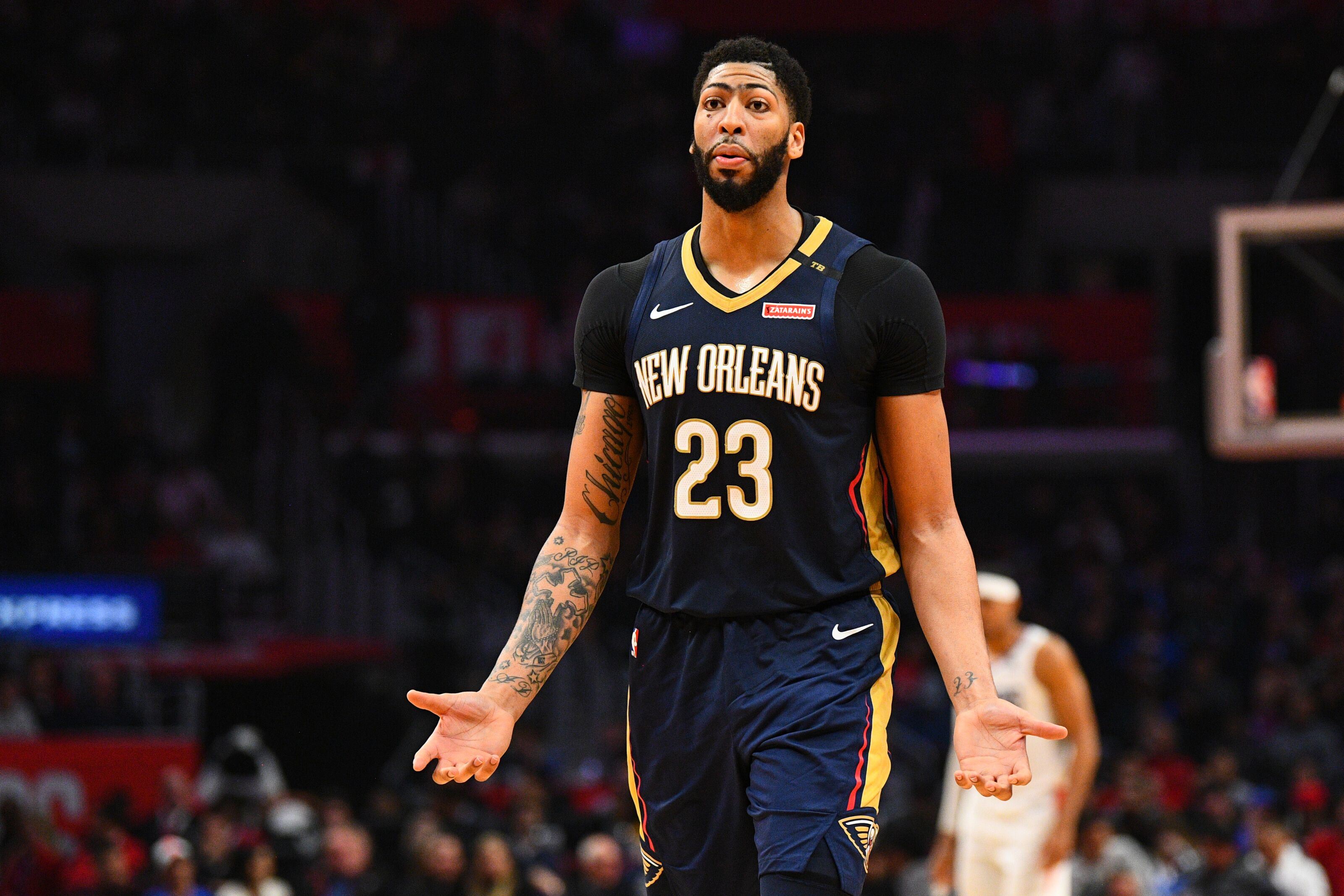 New York Knicks: Pros and cons of making Anthony Davis trade now