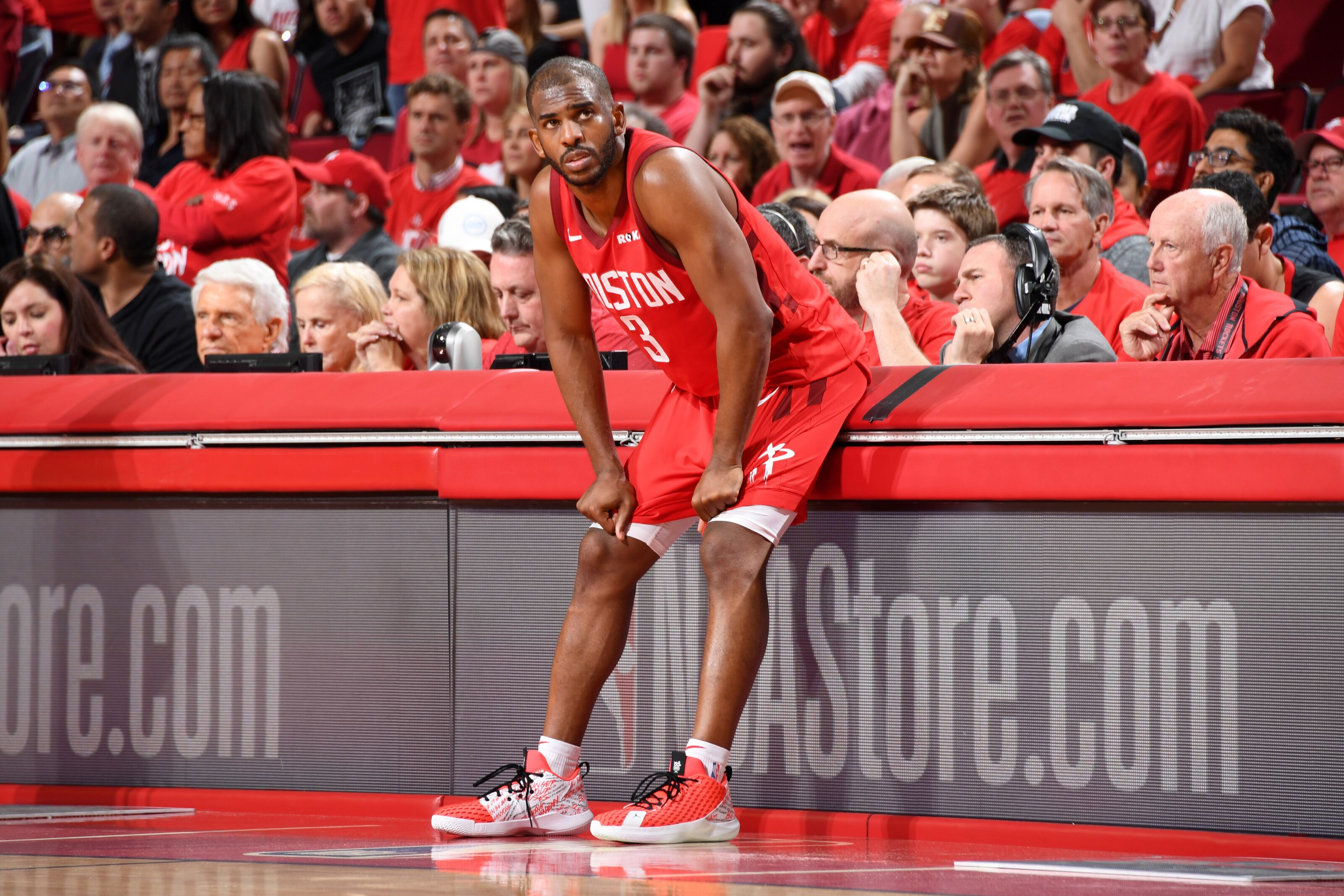 Knicks Rumors: Rockets shopped Chris Paul in cap-clearing attempt
