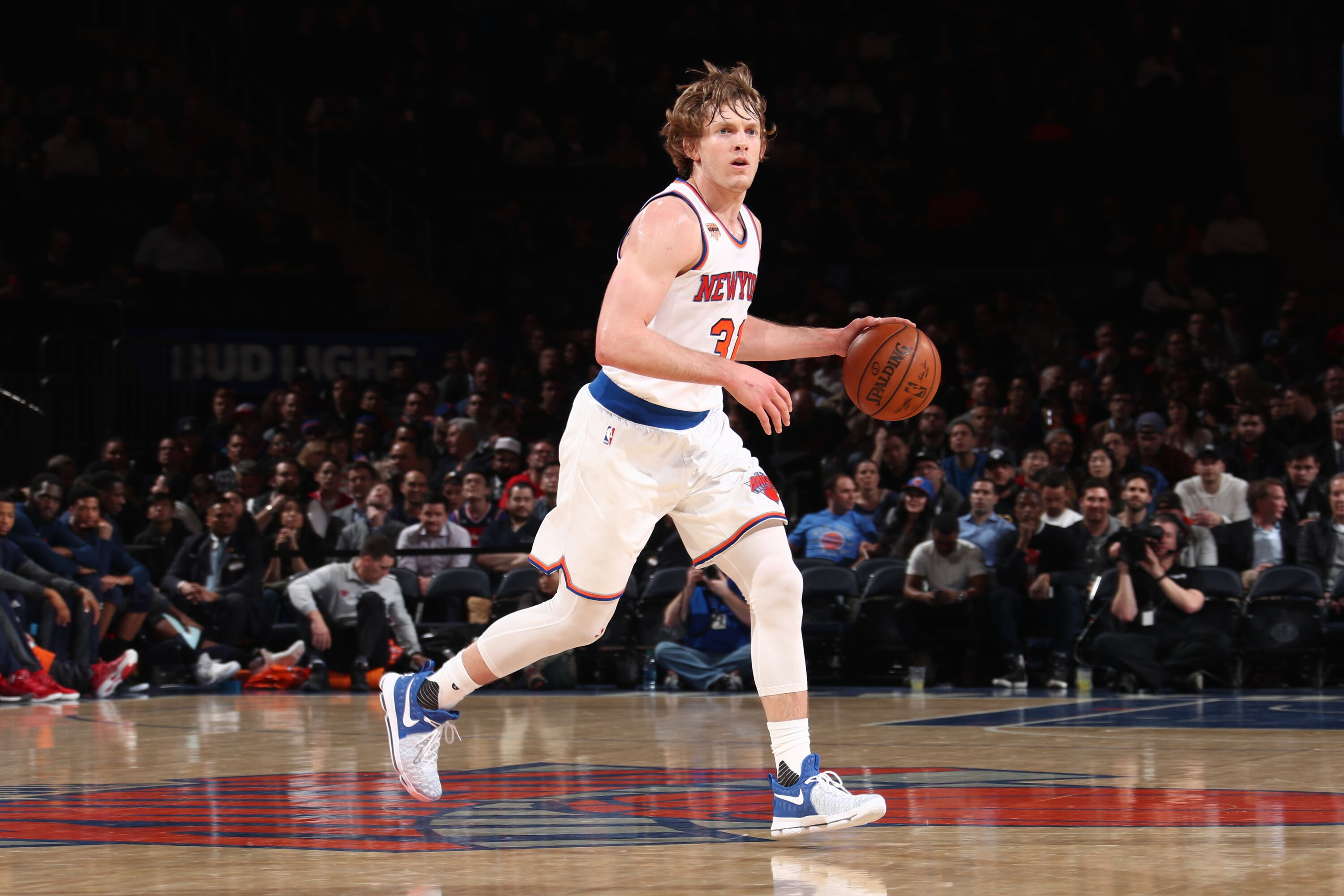New York Knicks: New York Knicks: 5 Players For Ron Baker To Study