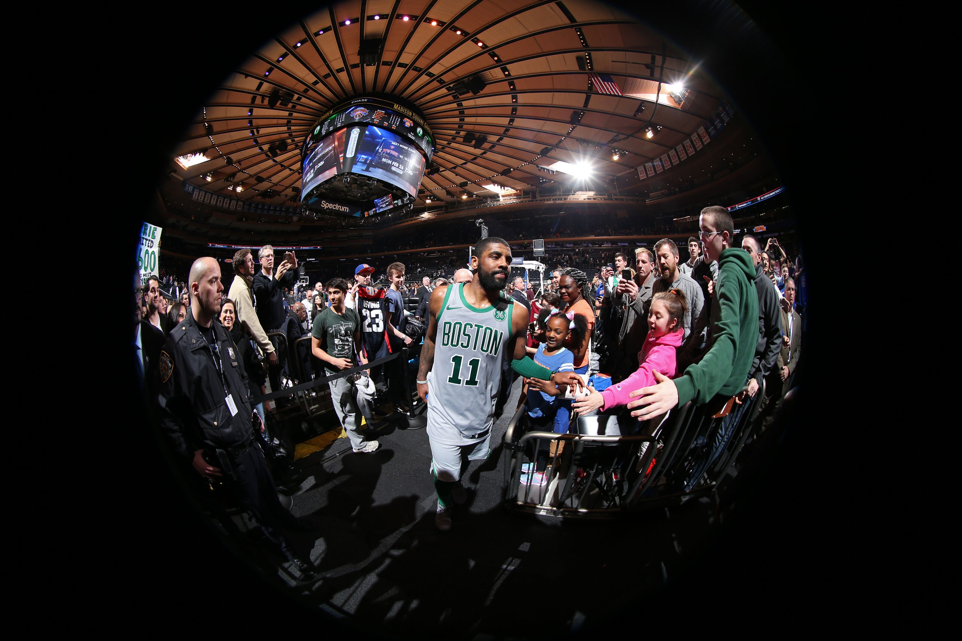 54f30eef257a New York Knicks  What would it take to sign Kyrie Irving