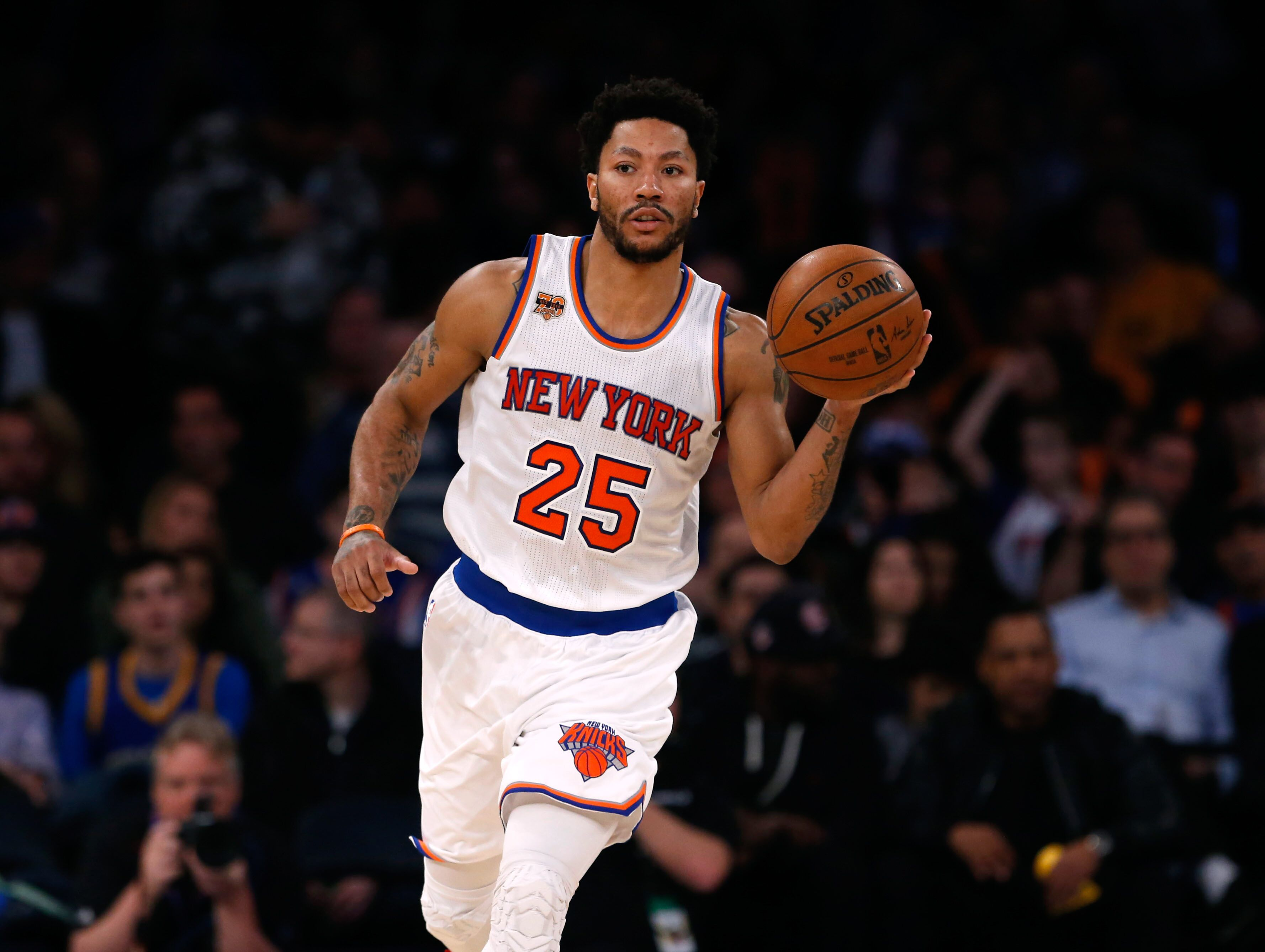 New York Knicks: New York Knicks: Pros And Cons Of Potentially Re-signing