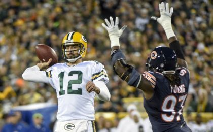 When Brett Favre Takes Field Sunday His >> Green Bay Packers: Aaron Rodgers, Brett Favre Own the Chicago Bears