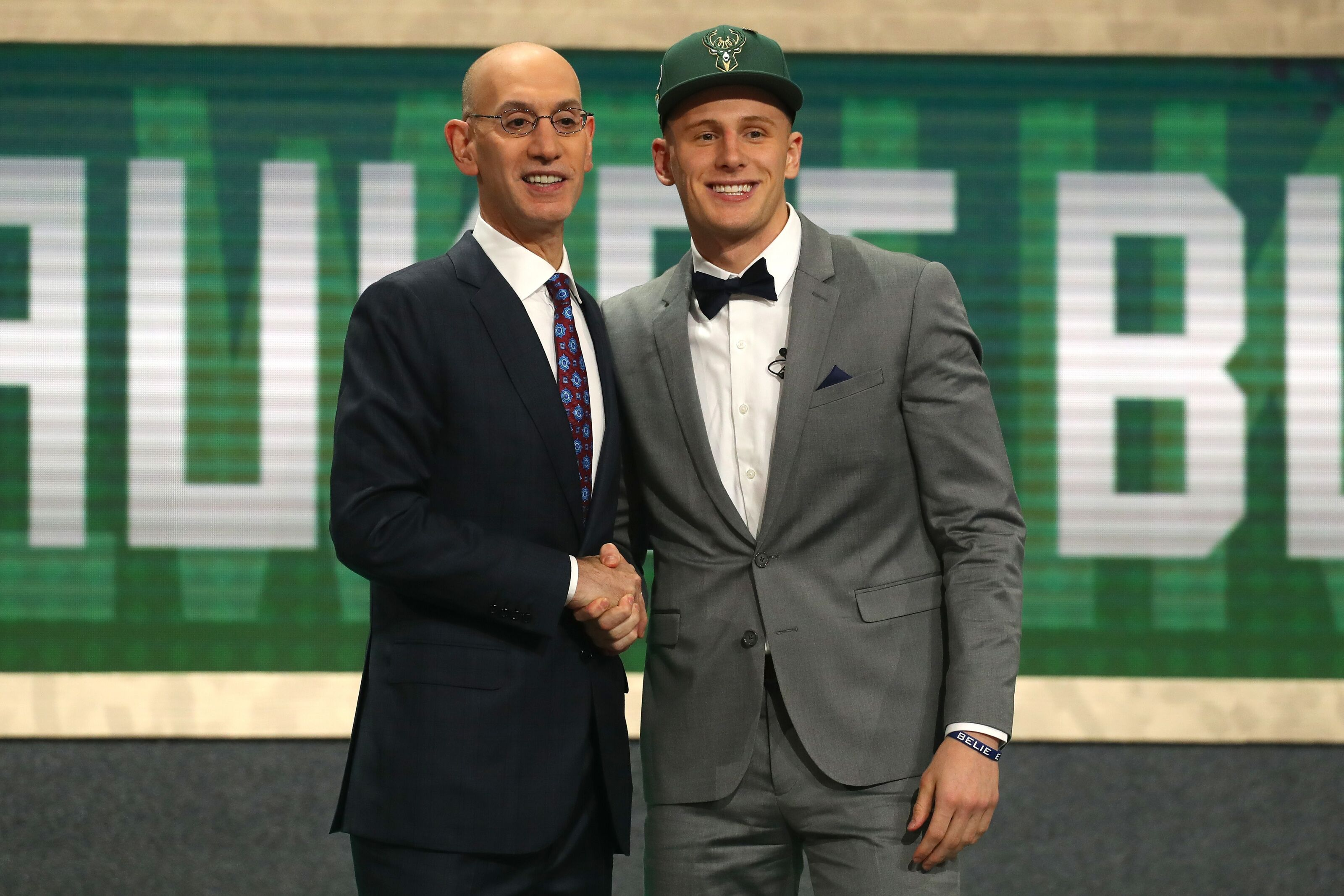 3d4905a24f0 Pros and cons of Milwaukee Bucks  first round pick Donte DiVincenzo