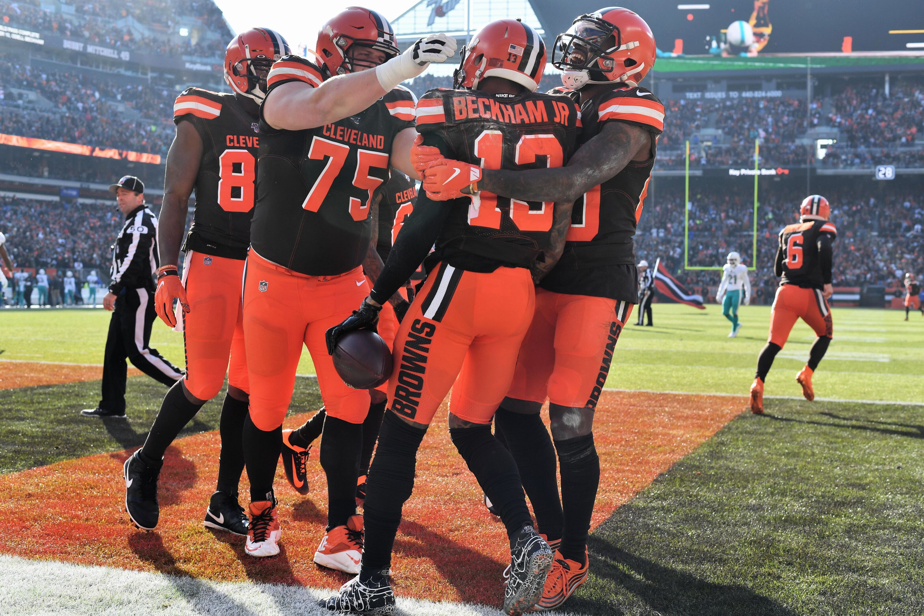 Cleveland Browns receive help for path to the postseason during Week 12
