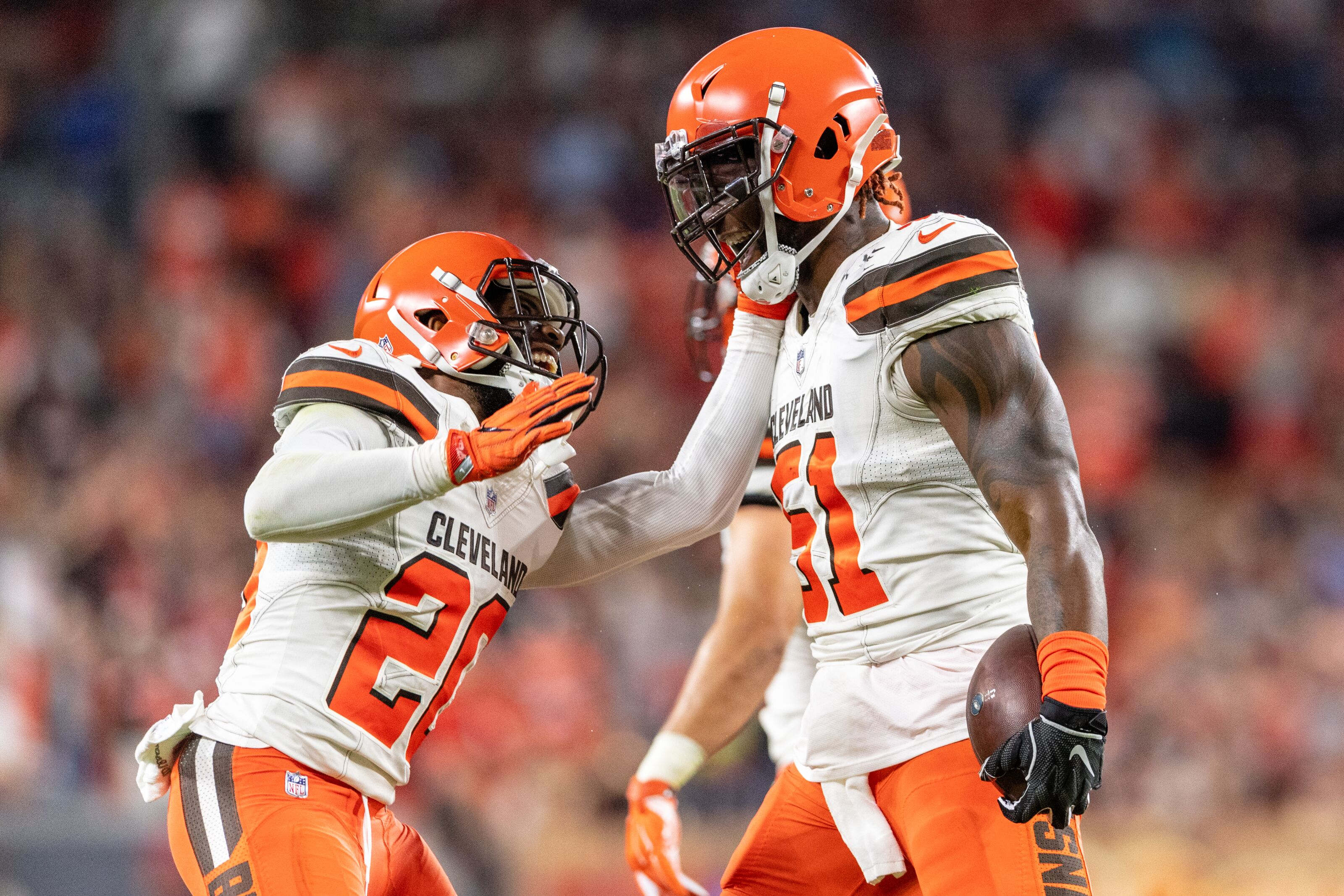 9d9908823 Keeping Jamie Collins is the key to a Cleveland Browns playoff run
