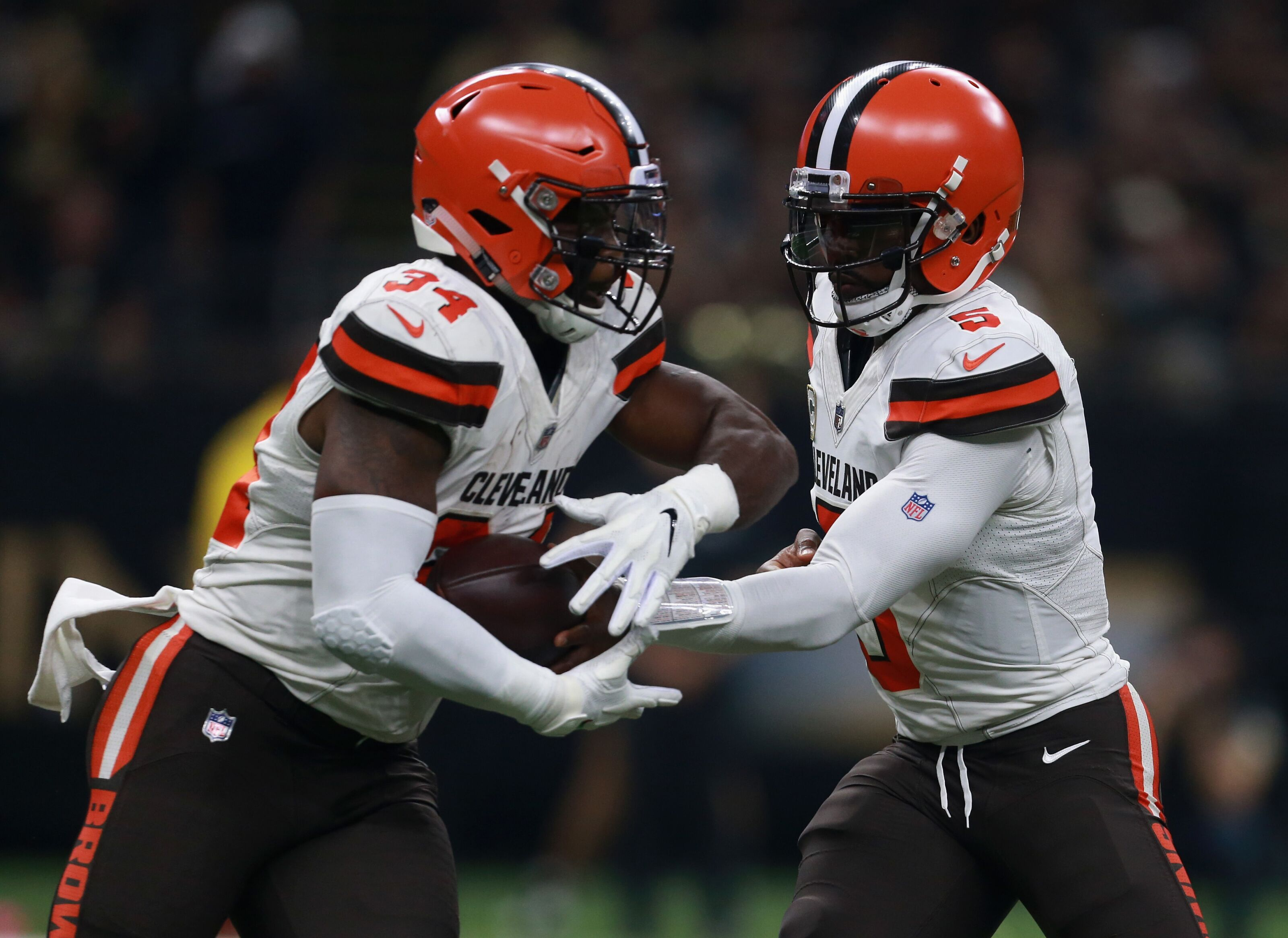 bec8a8ad3 Cleveland Browns  Time to bench Carlos Hyde