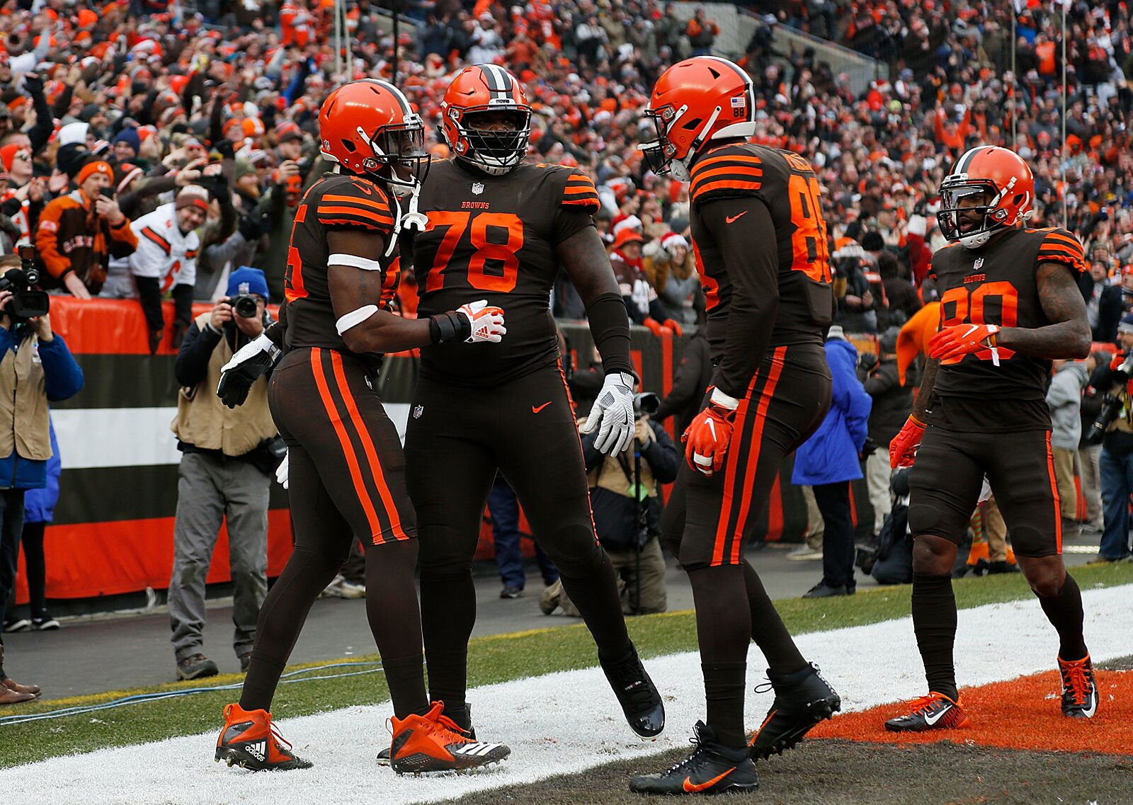 3274f87e Cleveland Browns: Studs and duds from Week 16 win