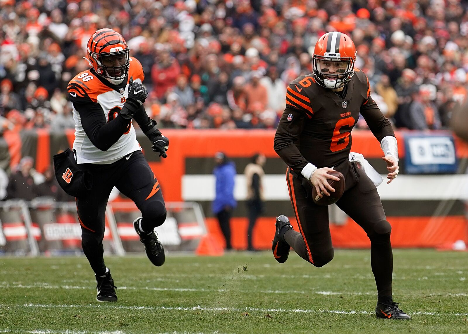 Cleveland Browns cannot allow Baker Mayfield to go way of Andrew Luck