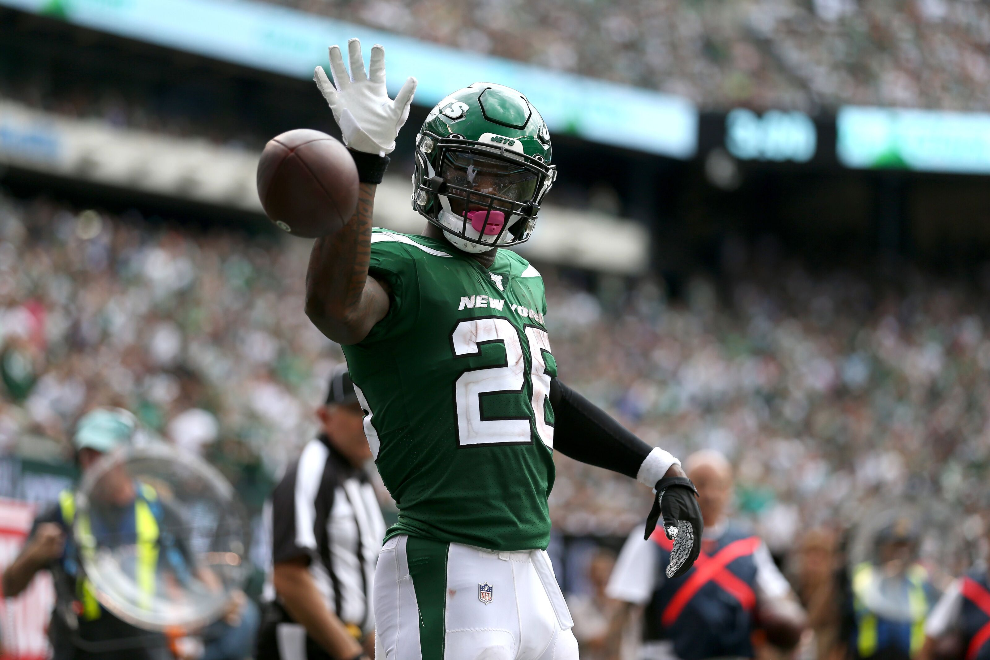 How Cleveland Browns defend Le'Veon Bell will be biggest key vs. Jets