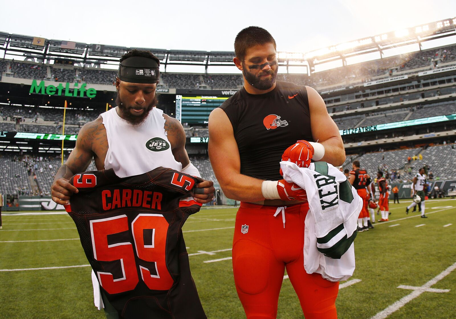 47c93623 Cleveland Browns: Linebacker Tank Carder released