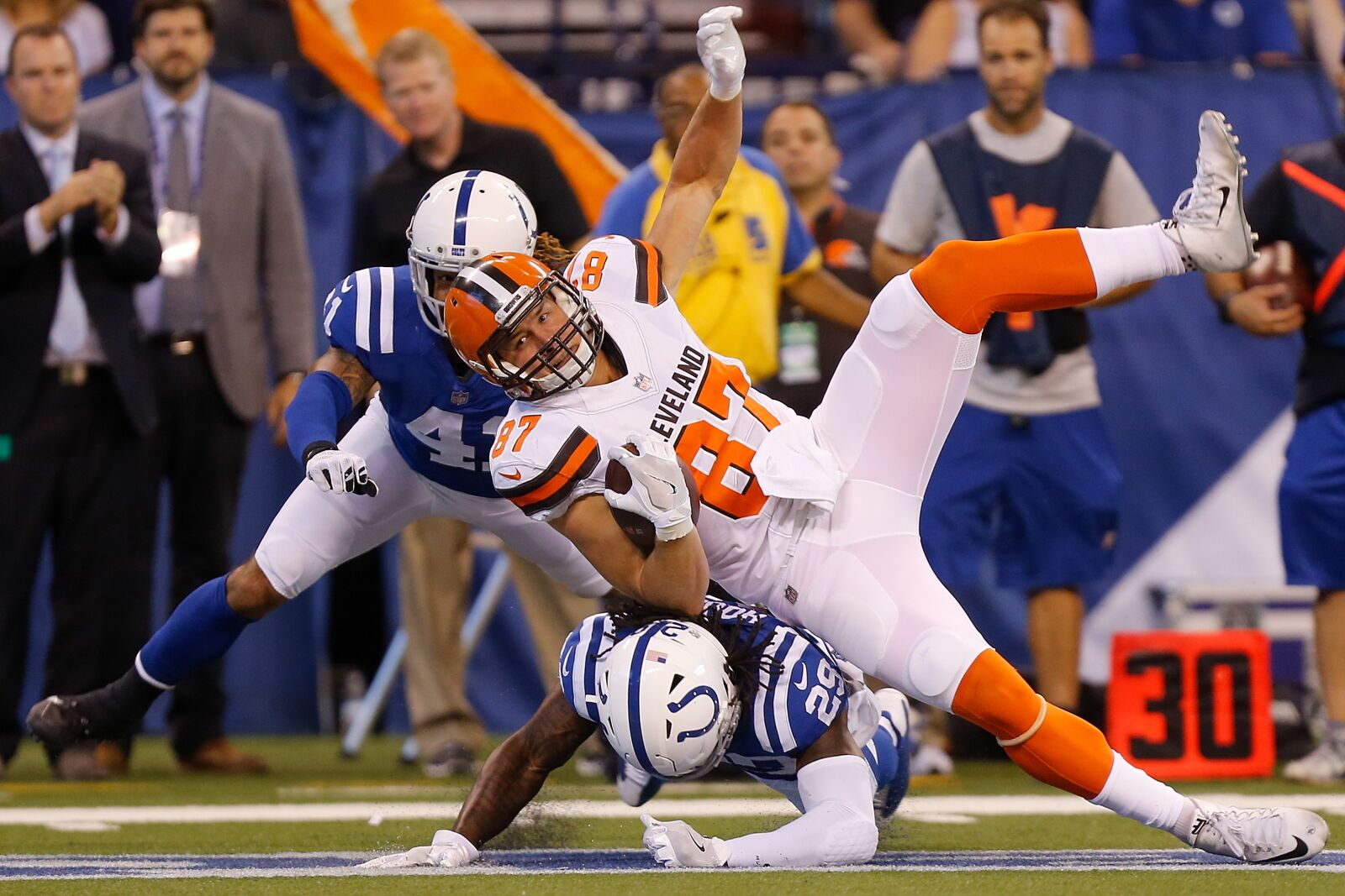 c912ac67 Cleveland Browns and Indianapolis Colts are set to be AFC rivals