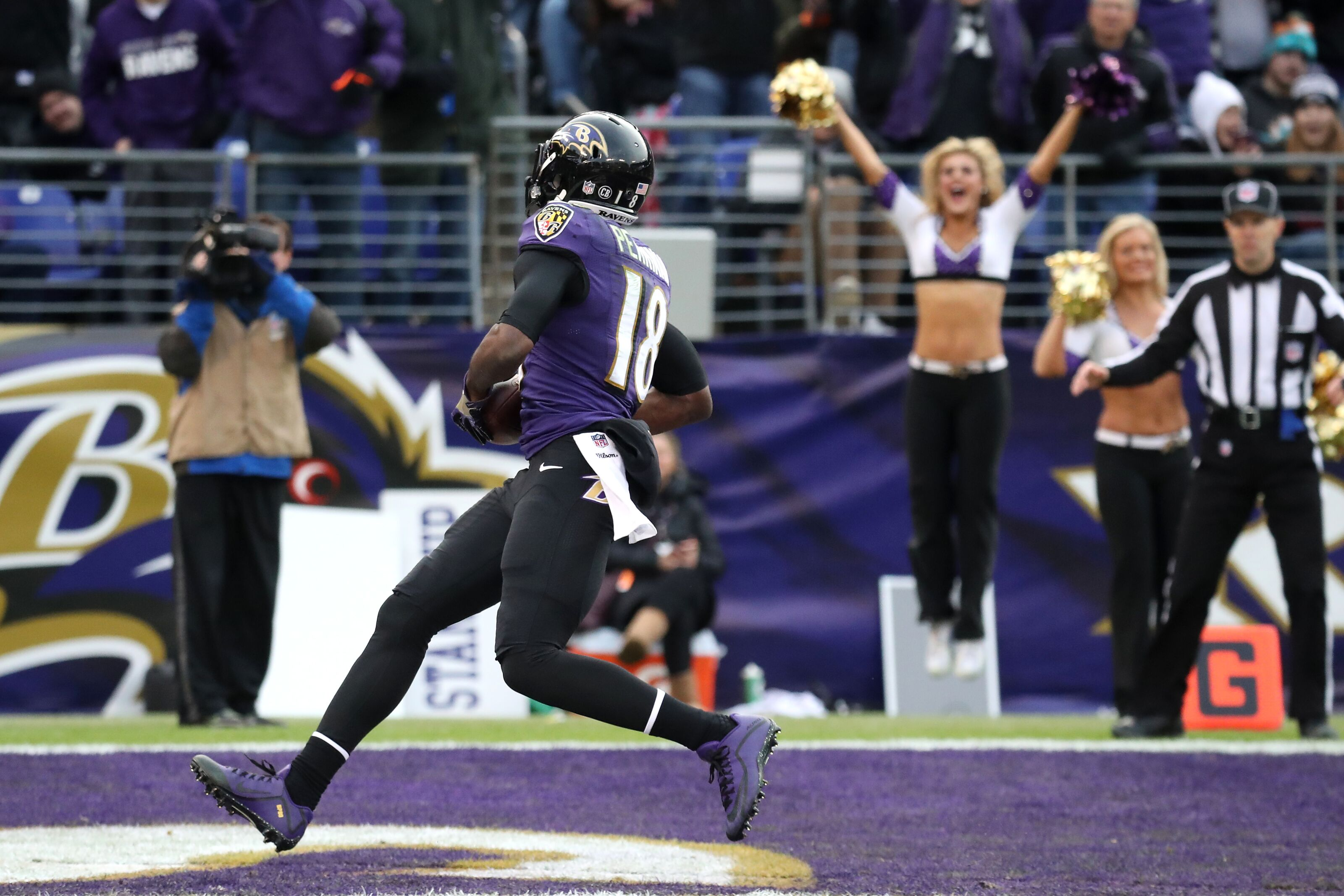 9df767fcebcd Cleveland Browns sign wide receiver Breshad Perriman