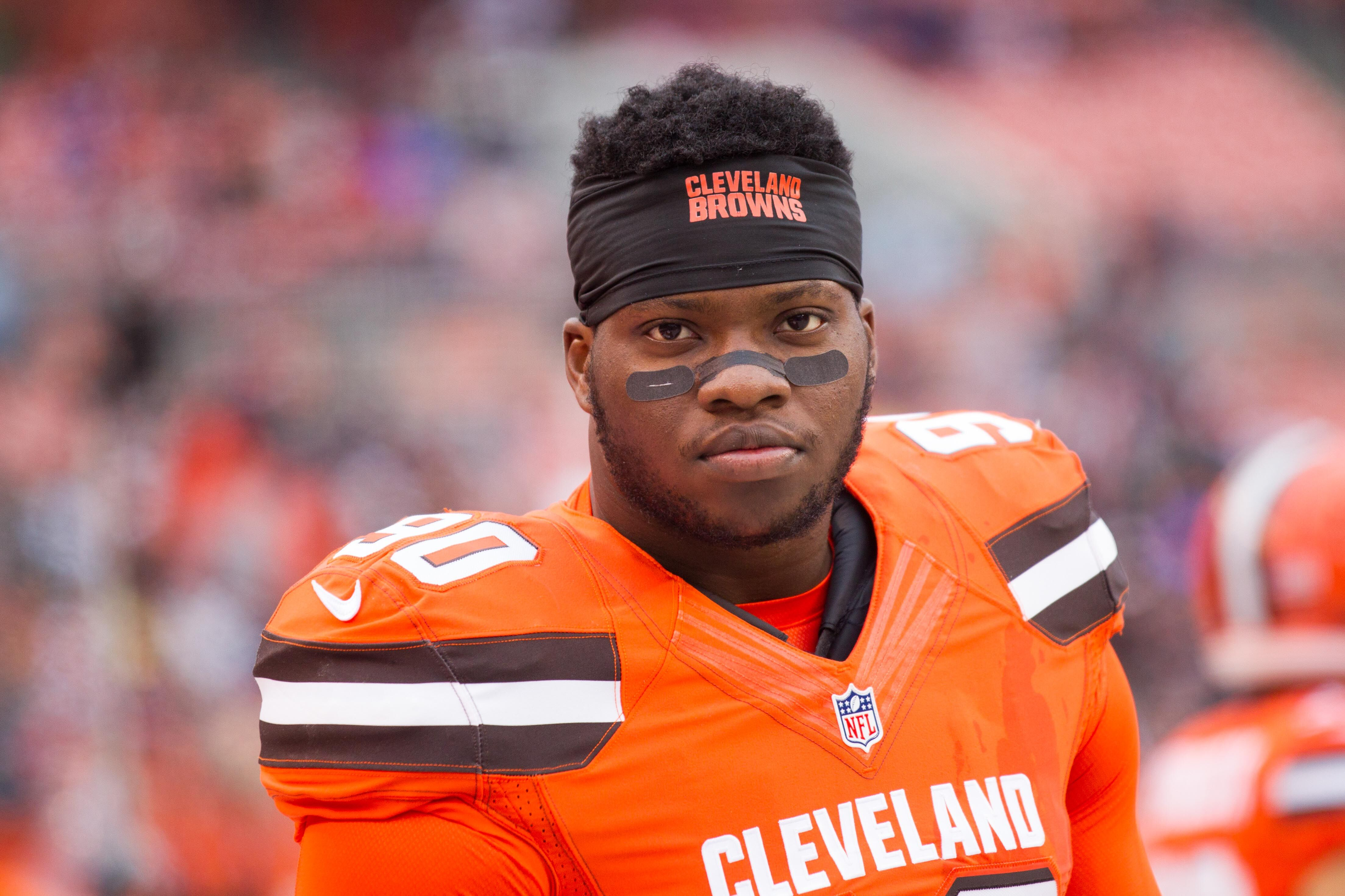 Cleveland Browns: Emmanual Ogbah Working To Build On