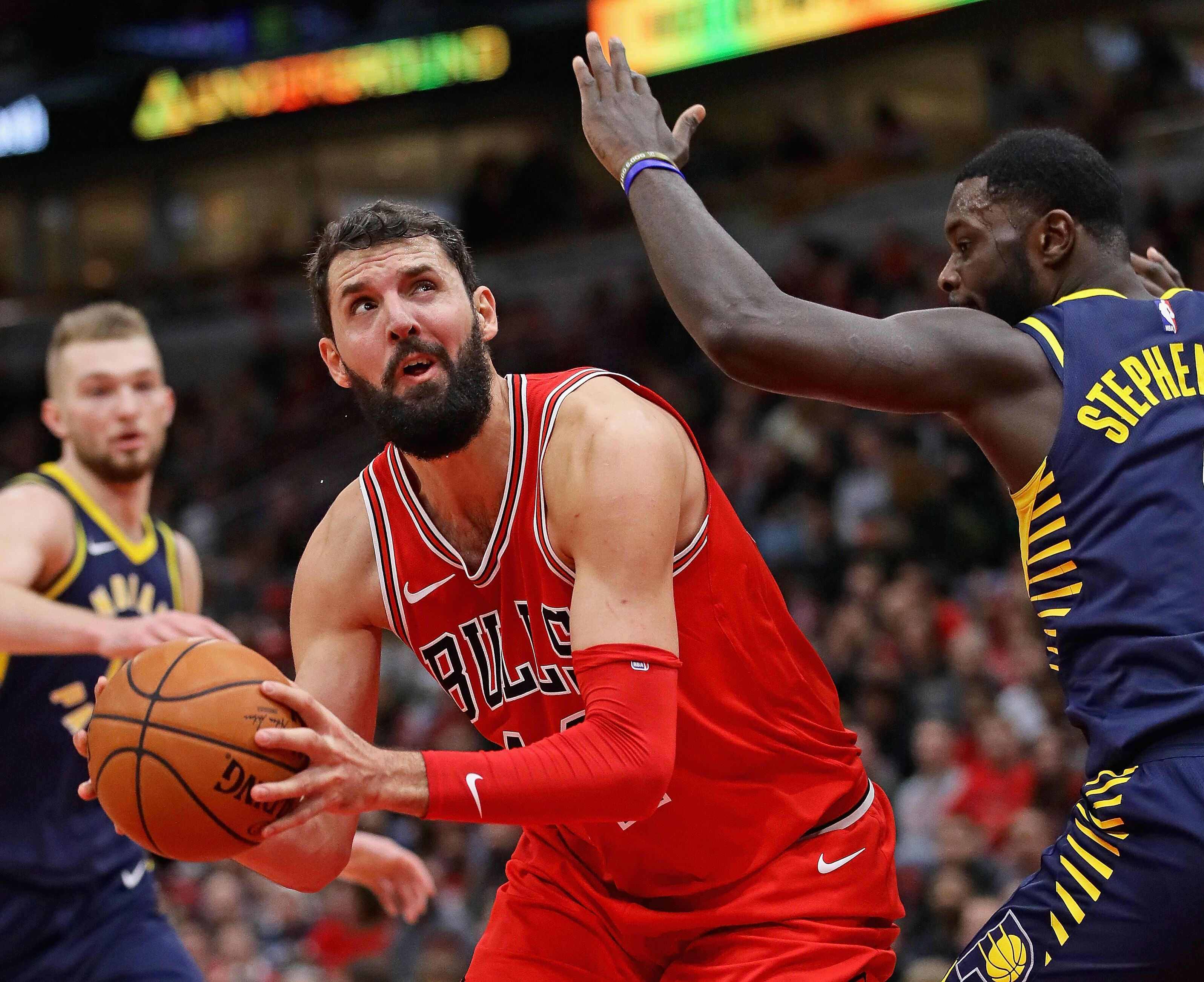 900574254-indiana-pacers-v-chicago-bulls.jpg