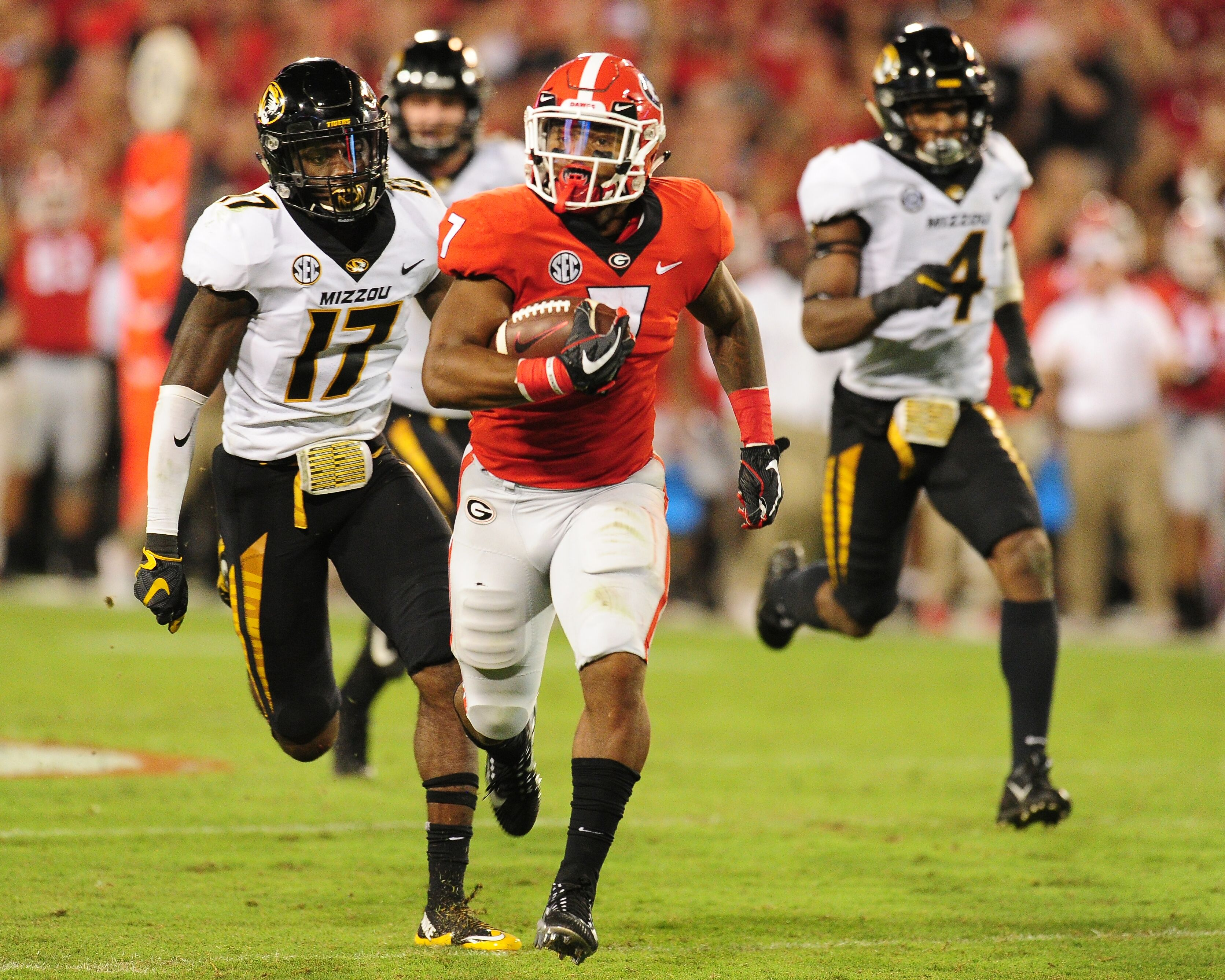 2017 2018 Bowl Games >> Georgia Football 2018 recruit: Nations No.3 RB James Cook - Page 3