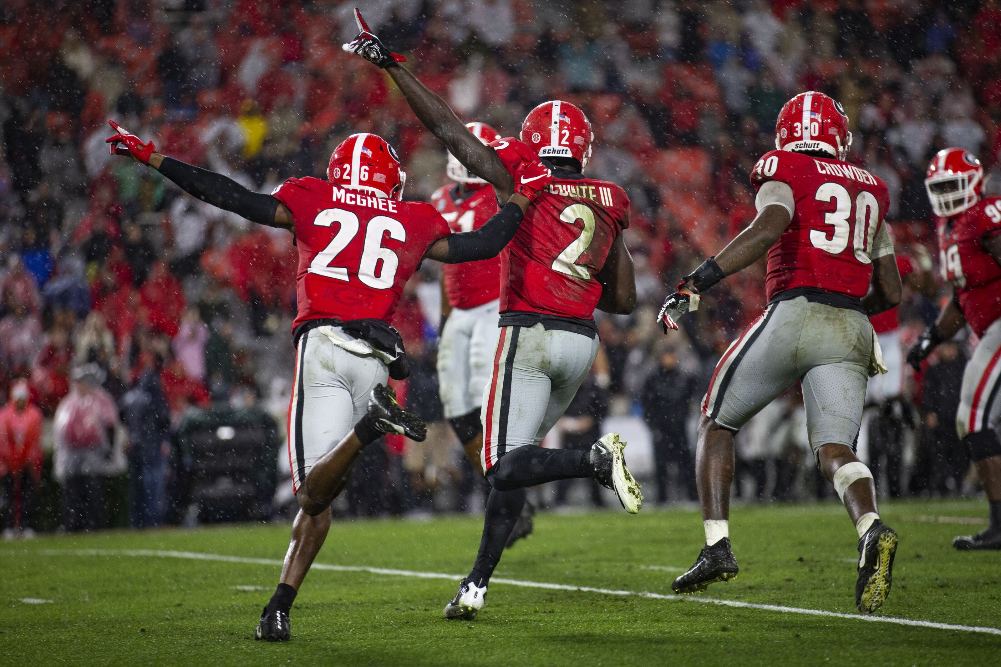 Georgia Football: LSU has not seen a defense like these Junkyard Dawgs