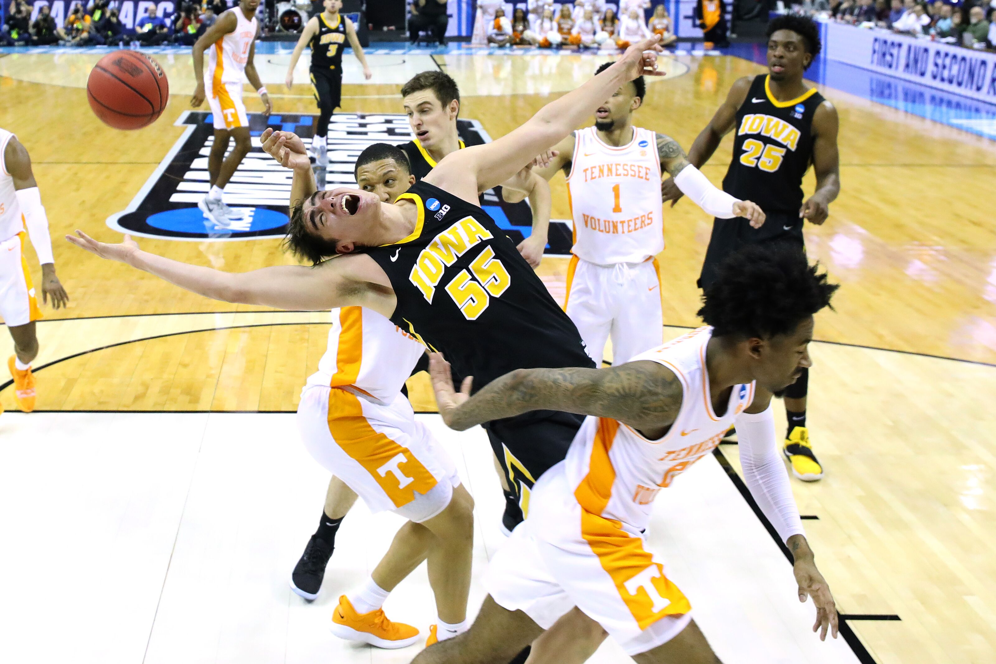 Iowa basketball: Hawks 2nd round game ranked 13th in NCAA tournament