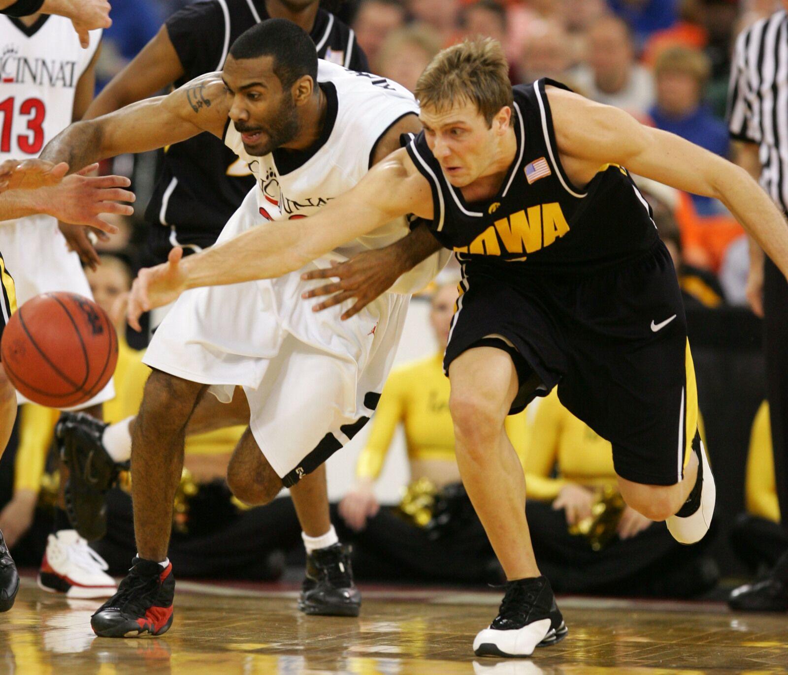 Iowa basketball: Hawks haven't beaten Bearcats since 1980