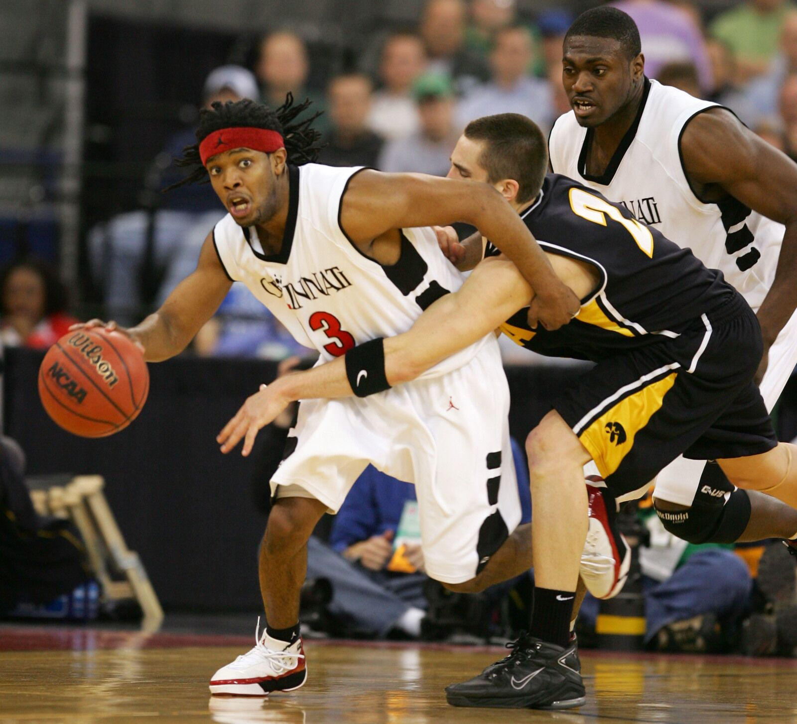 brand new 9f9fb 72b29 Iowa basketball  Getting an insider s perspective on the Cincinnati Bearcats